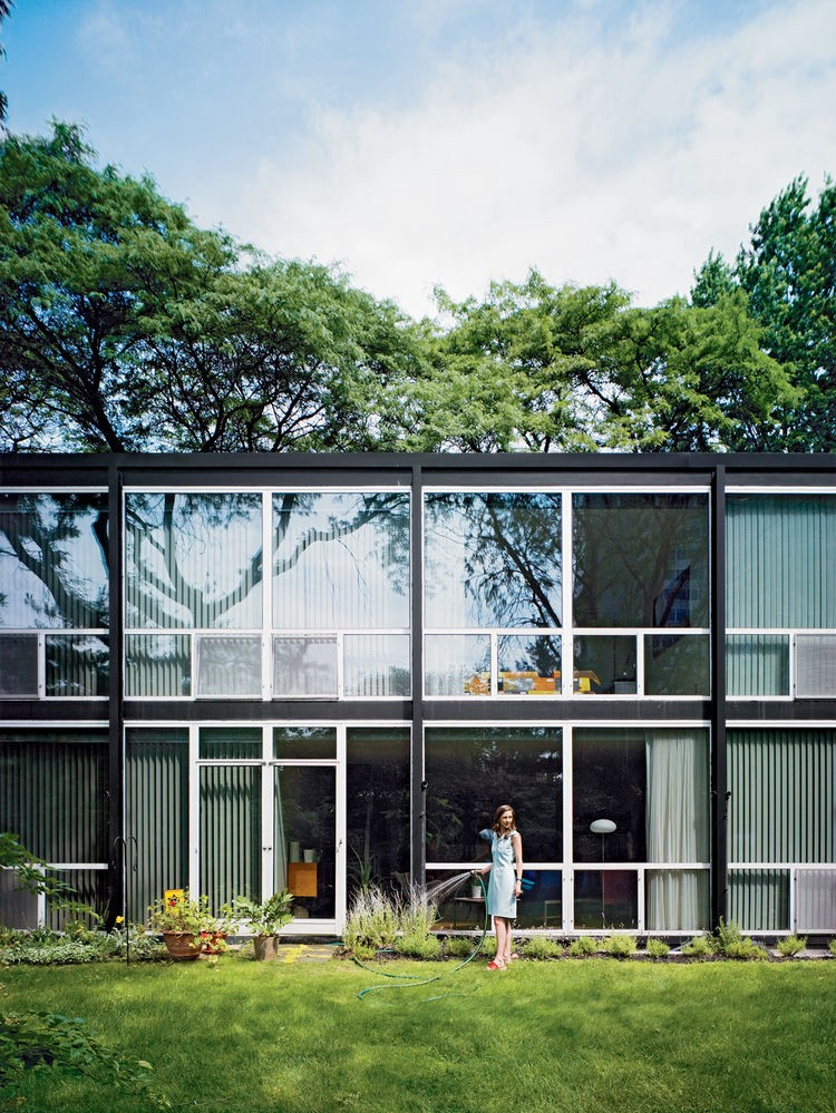 Detroit's Lafayette Park Townhouses, designed by Mies van der Rohe. (Photograph by Raymond Koch)