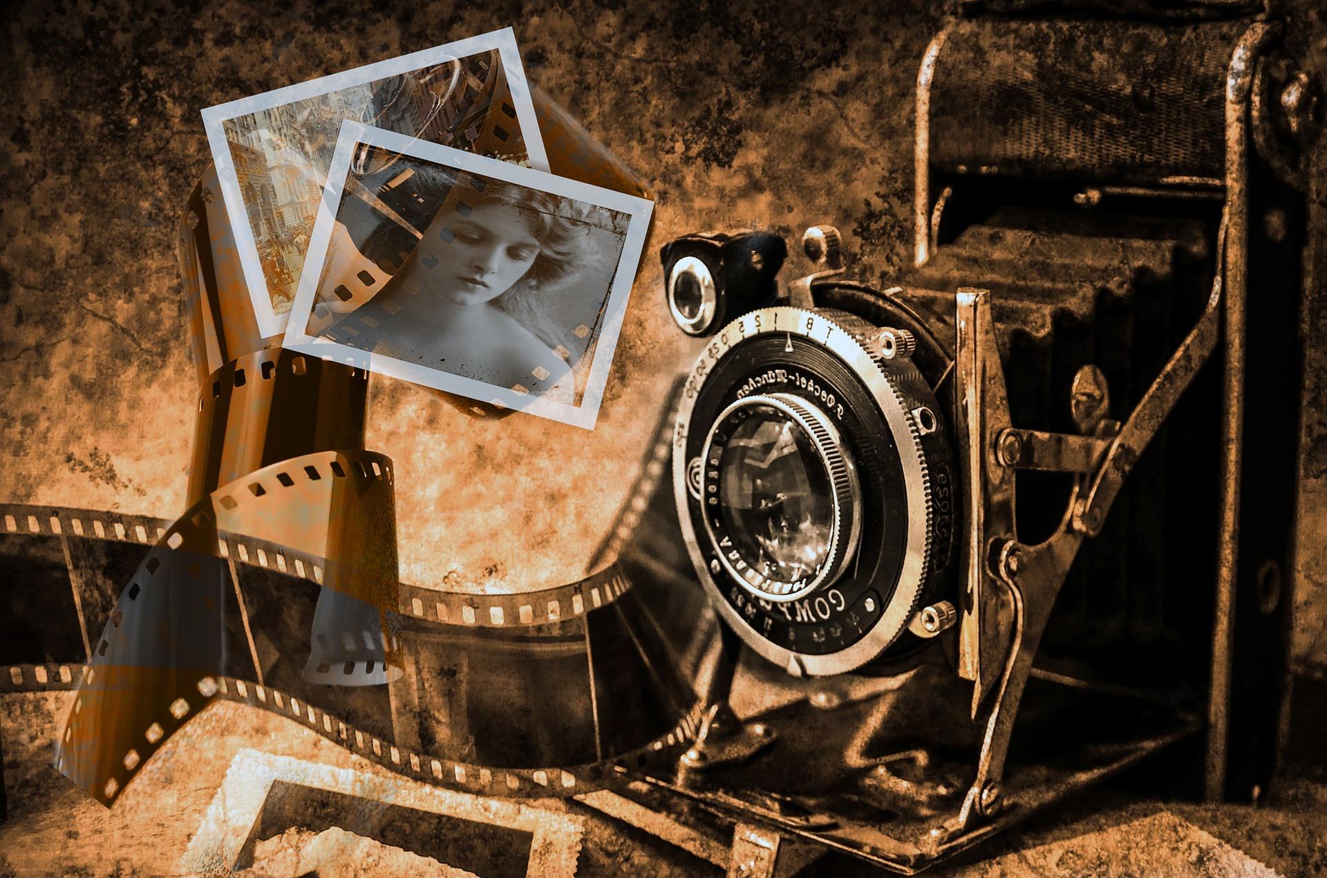camera-4226711_1920.jpg
