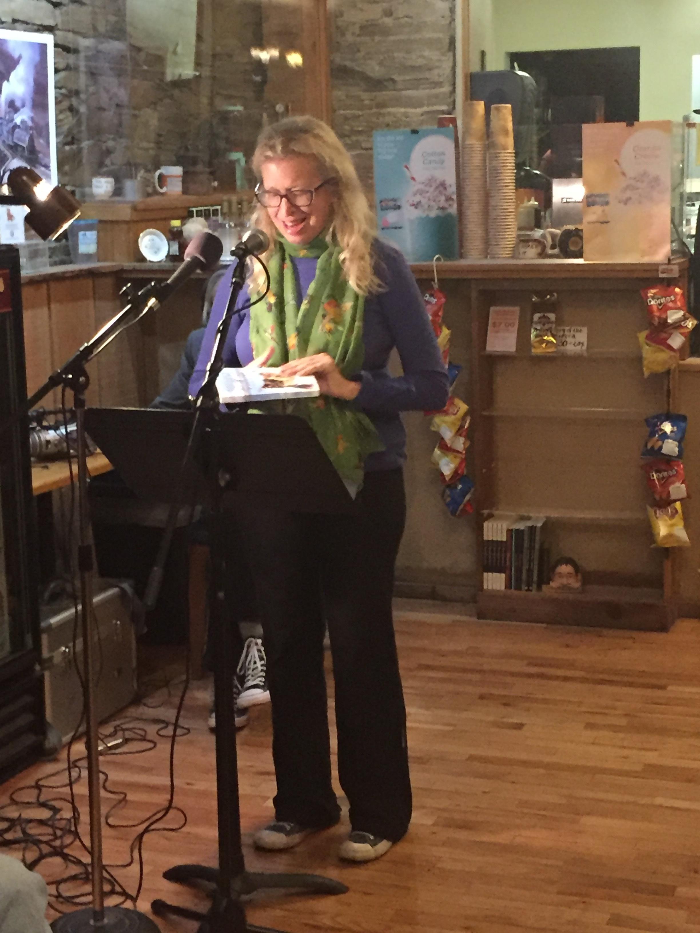 Wendy reading at Sonora Joe's