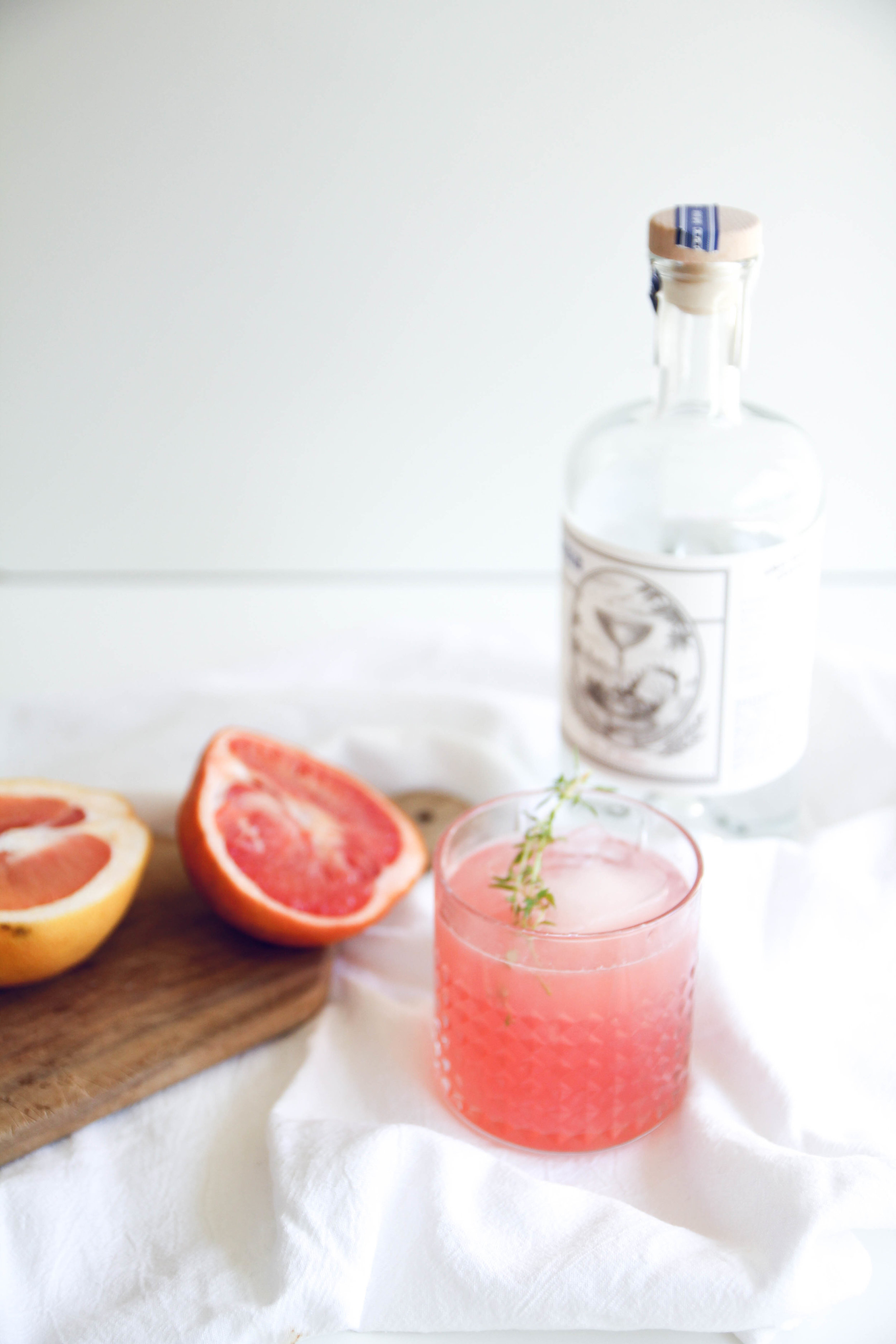 Gin and fresh grapefruit summer cocktail