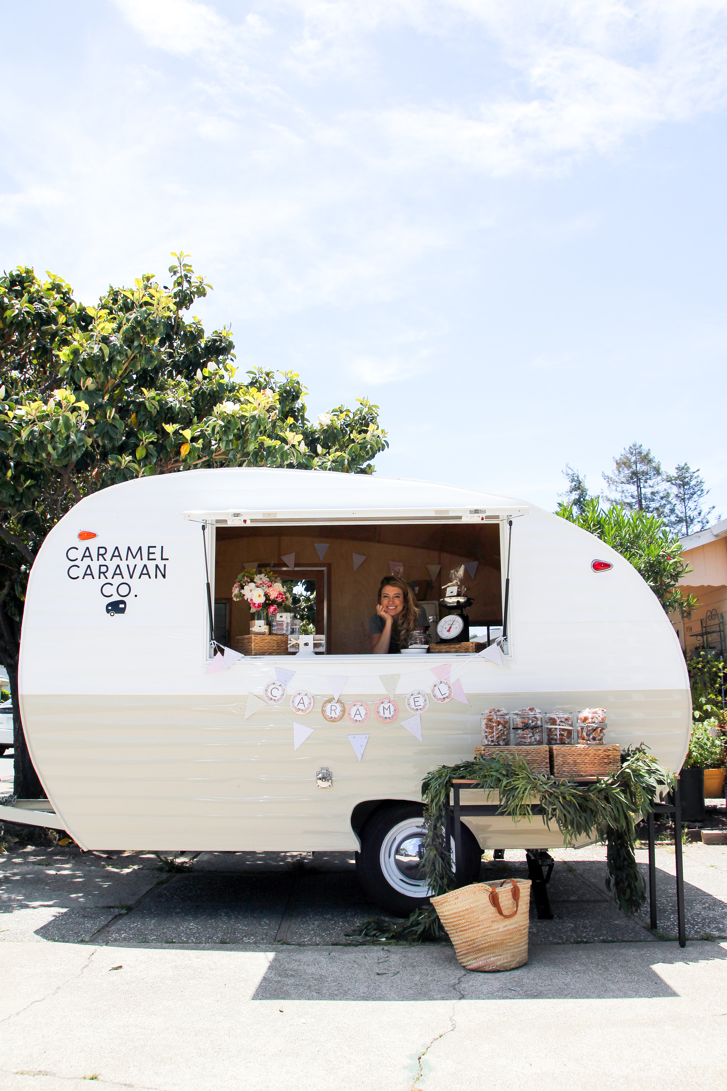 caramel caravan in san carlos