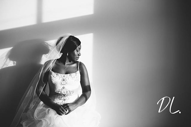 I know its been awhile since I have posted but I'm BACK! But can we just focus on how graceful my bride looks in this image. EXIF info: 70-200 at 70mm, 1/125, f/2.8, ISO 100 . . . . . #munaluchibride #ncweddingphotographer #ncweddingphotography #columbiawedding #columbiascwedding #columbiaweddingphotographer #blackbride1998 #blackbride #charlotteweddingphotographer #charlotteweddingphotography #weddingphotography #weddingphotographer #munaluchi #carolinabride #blackandwhitephoto #bnwphotography #ncwedding #bride #thebride #weddinginspiration #ncphotographer #portrait_ig #charlottephotographer