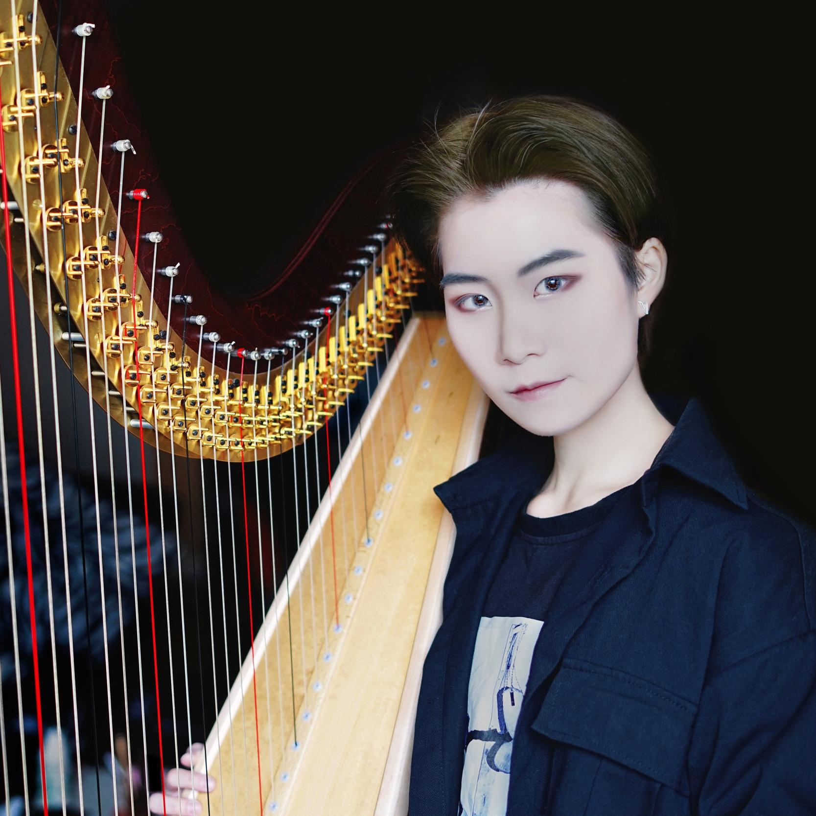Zhang%2C+Xinyue+-+Photo+2.jpg