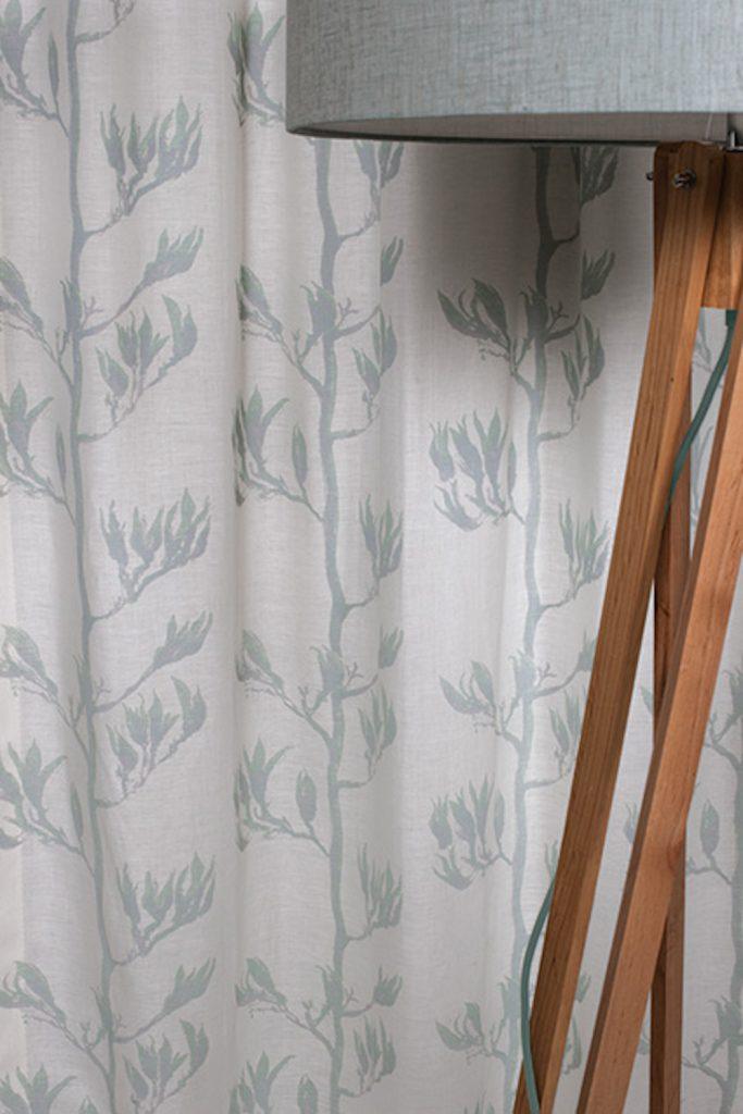 Flax-Pod-Portrait-close-up-683x1024.jpg