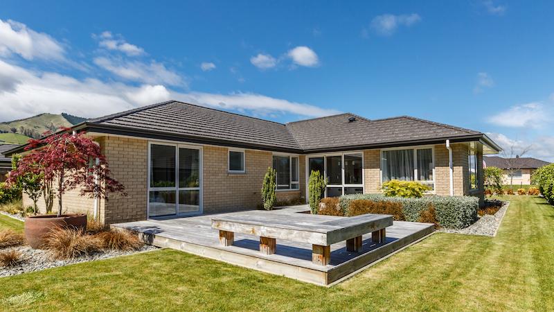 Milestone homes 1 outside backyard