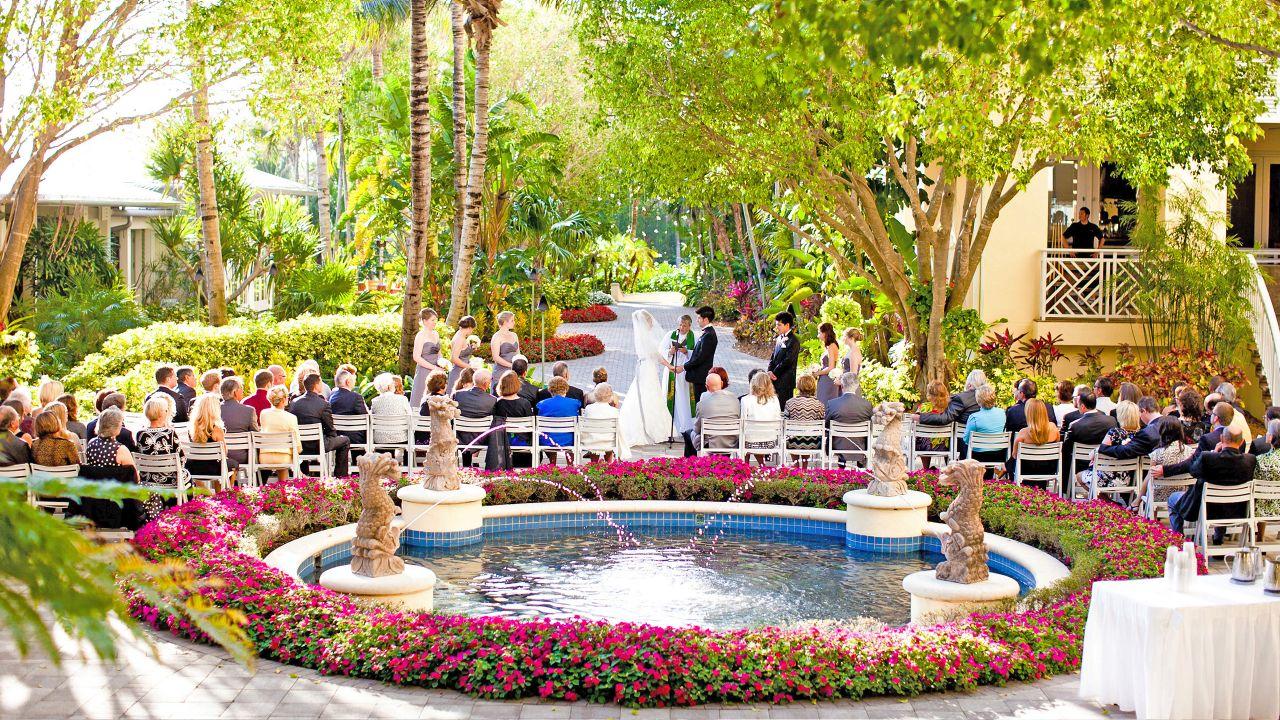 Hyatt-Regency-Coconut-Point-Resort-and-Spa-P118-Wedding.adapt.16x9.1280.720.jpg