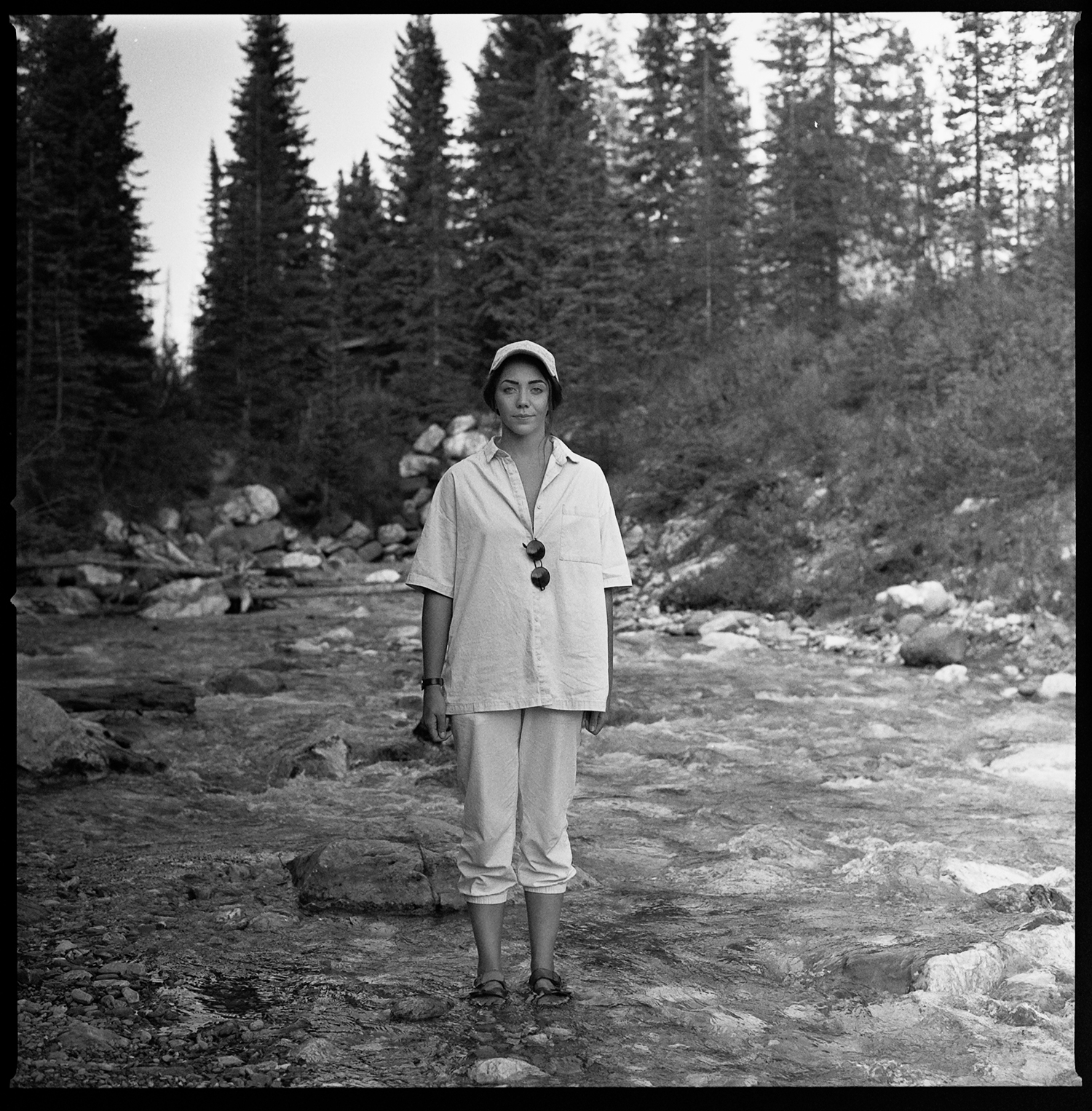 119-Calgary_Banff_Alberta_KodakPlusX125_Portrait-of-Ryanne-in-the-mountains.jpg