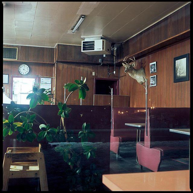 ⠀ ⠀ Throwback diner.⠀ ⠀ #hasselblad #kodakfilm #ektar #120film #kodakprofessional⠀#6x6 ⠀ ⠀