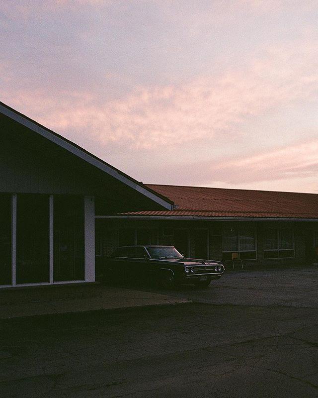 Sunset on the motel strip. - Chatam, Ontario 2018⠀ ⠀ #leica #kodakprofessional #portra400 #expiredfilm ⠀ ⠀