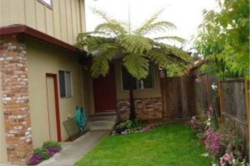 SOLD 335 Alamo Avenue, Santa Cruz • $790,000  3 Bedroom, 2 Bathroom • 1,606 Sq. Ft.