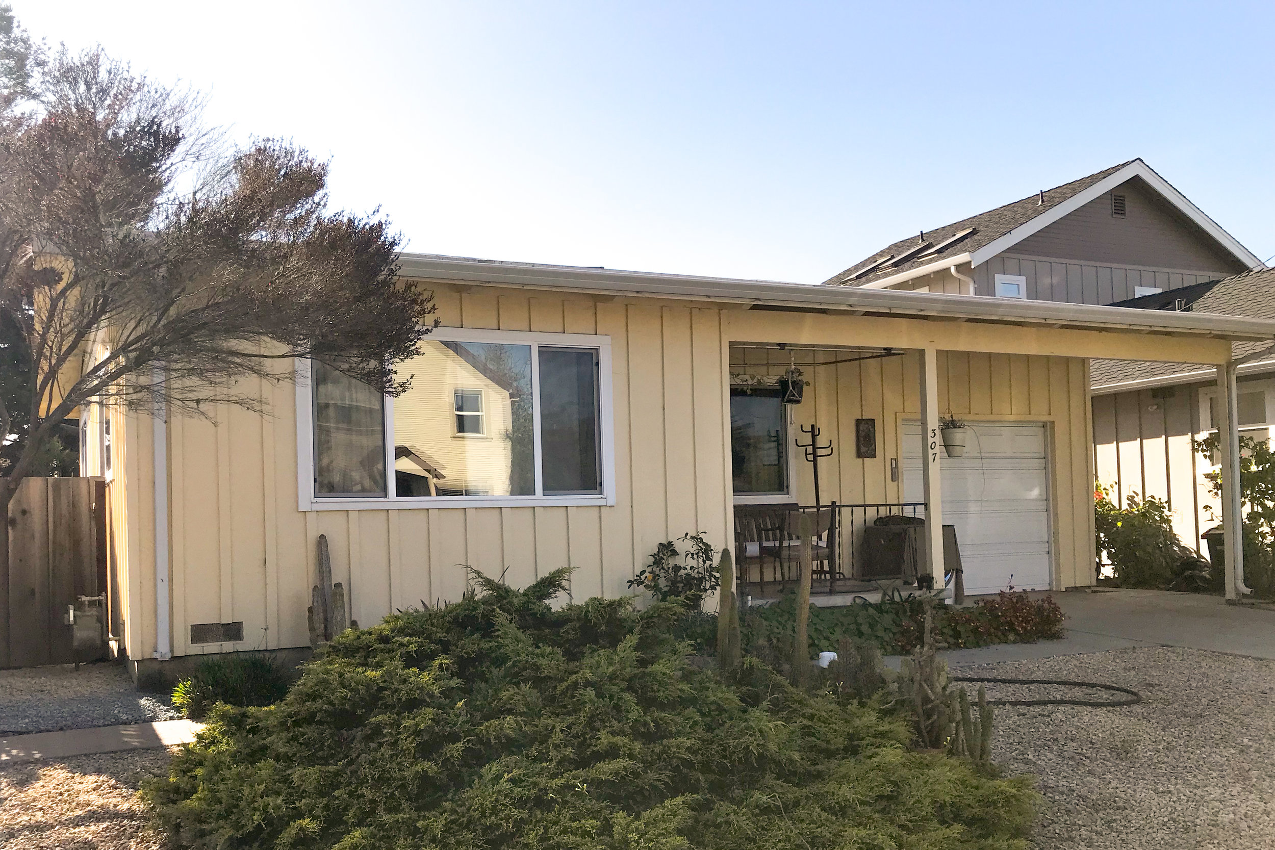 SOLD 307 Centennial St, Santa Cruz • $899,000  1 Bedroom, 1 Bathroom • 720 Sq. Ft.