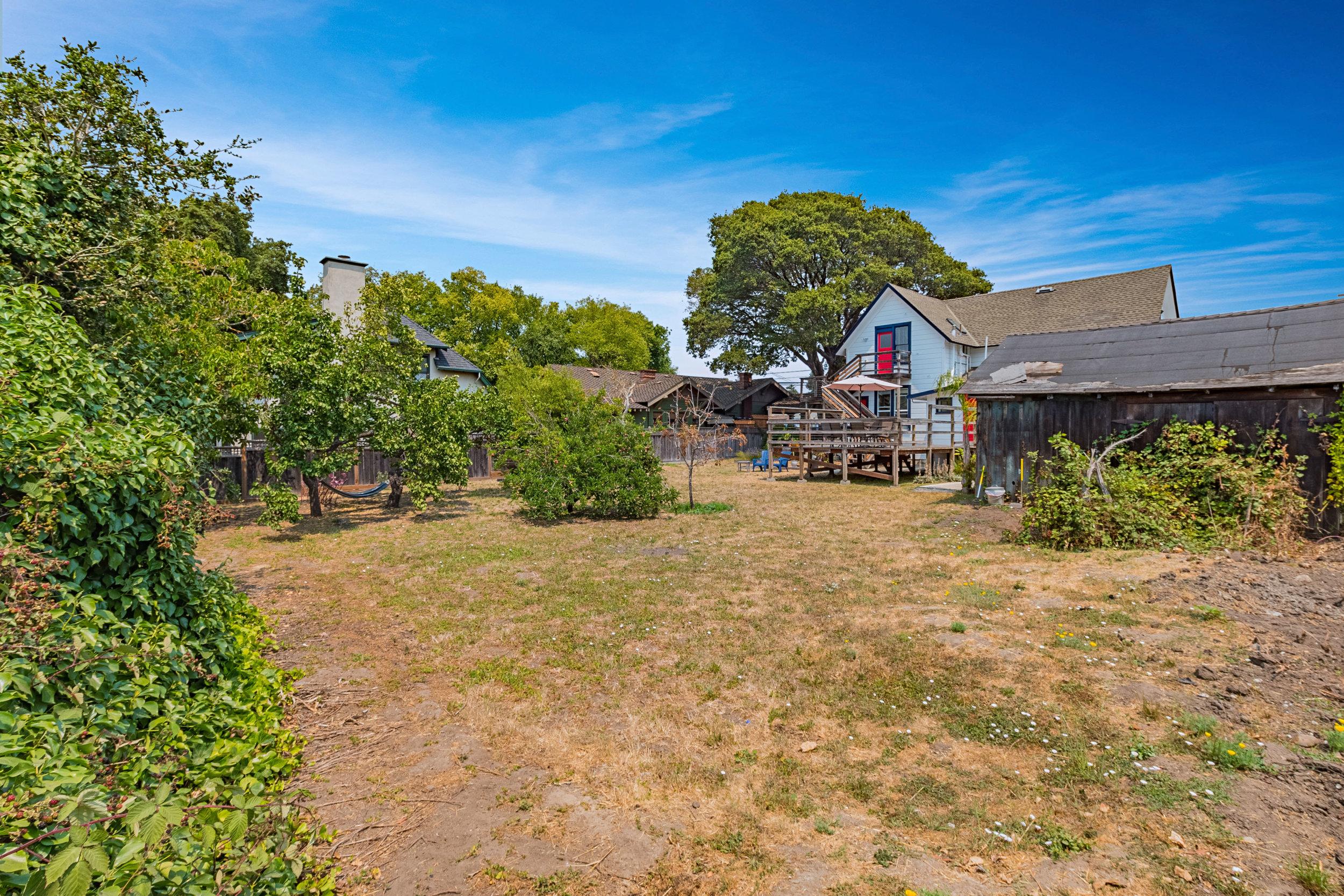 Large Lot in Santa Cruz, California.jpg