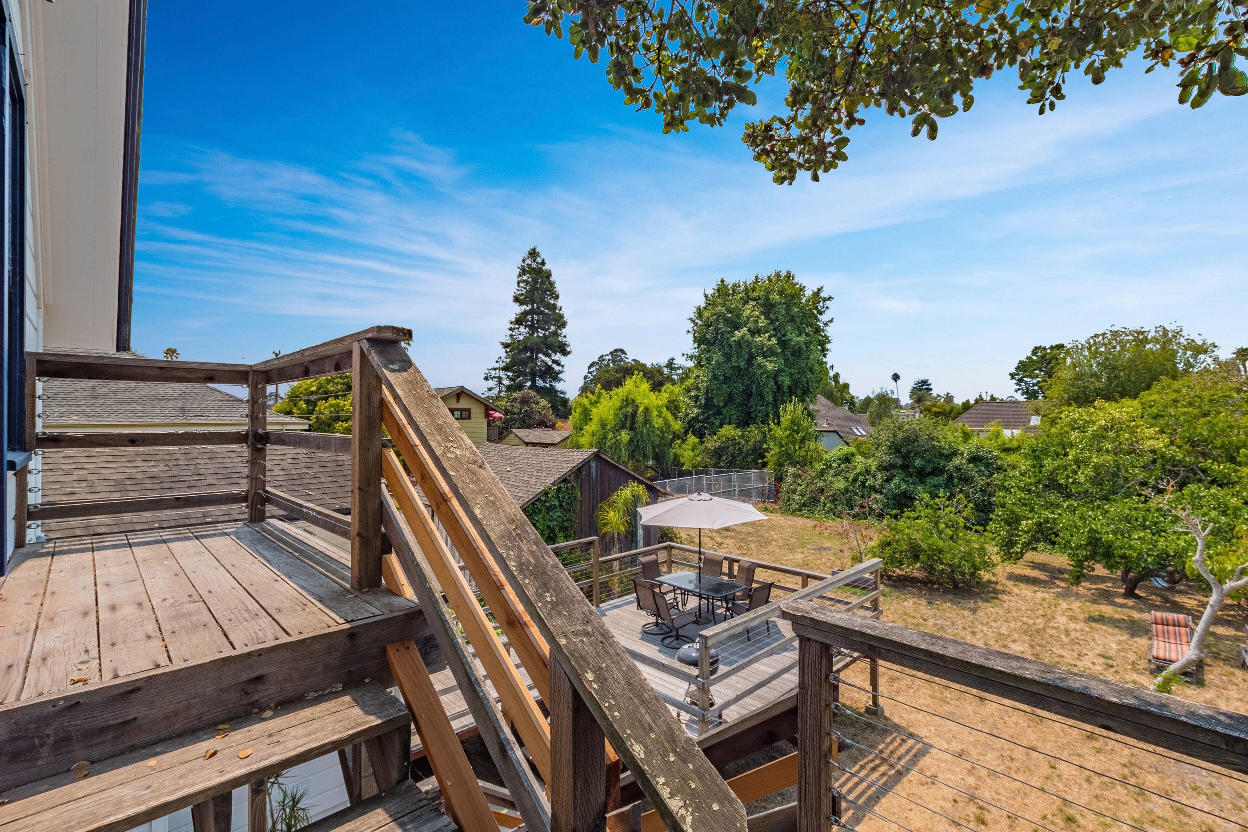 Triplex Located in Santa Cruz Santa Cruz Realtor.jpg