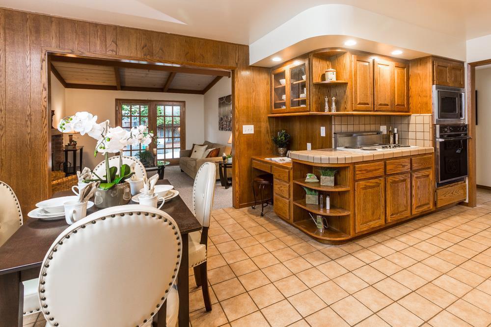 3 Beds & 2 Baths Home In Upper Westside Open Living Space