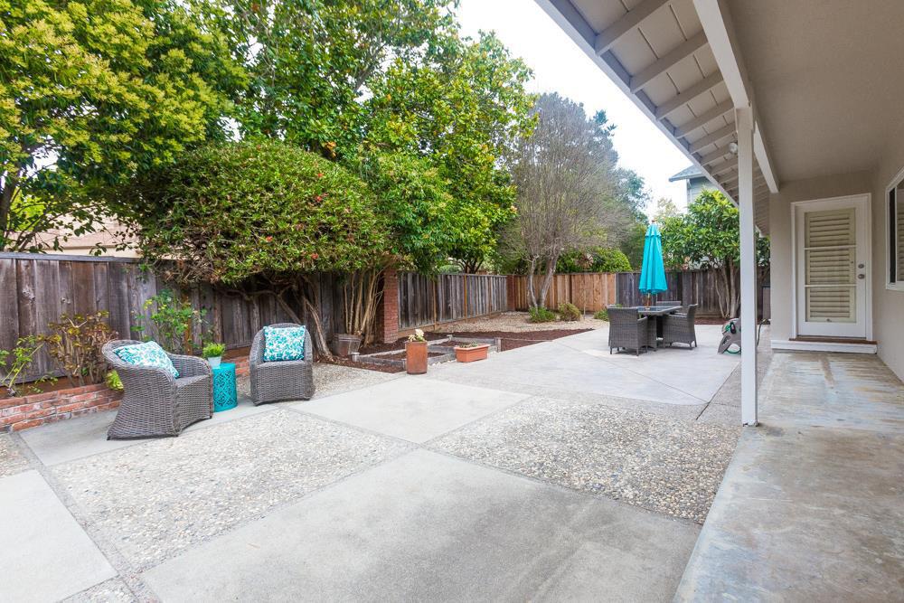 Large 3 Beds Home Front & Backyard In Westside (2)