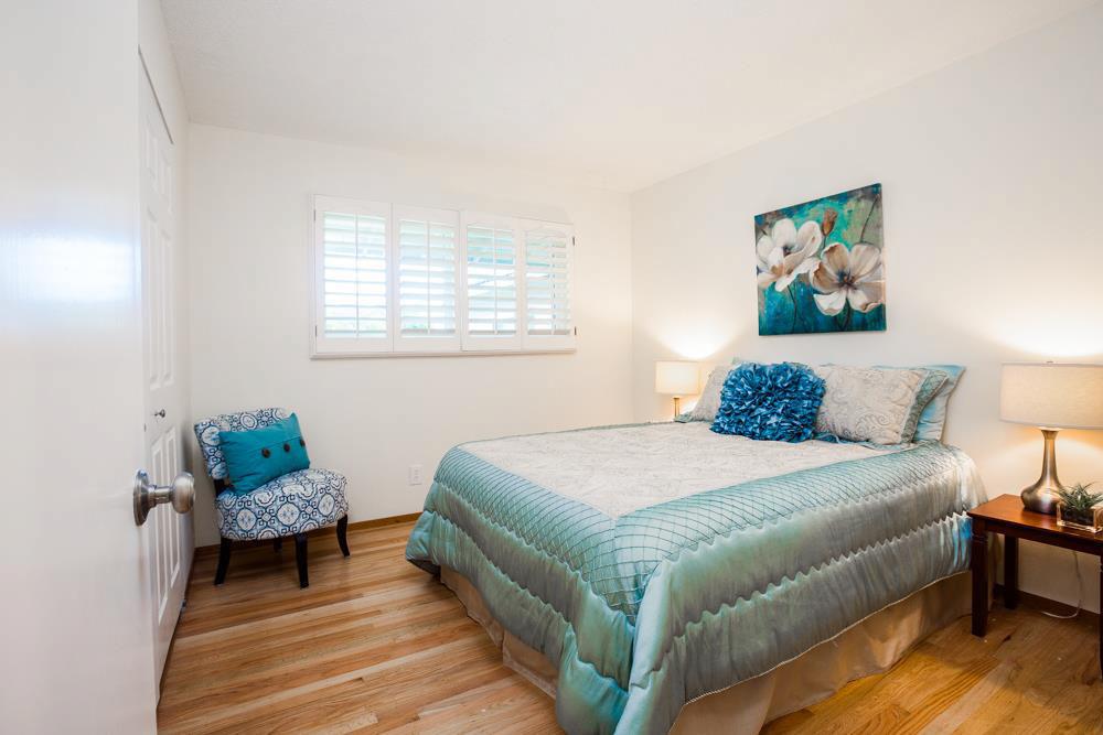 Real Estate Company In Santa Cruz Large Freshly Painted House