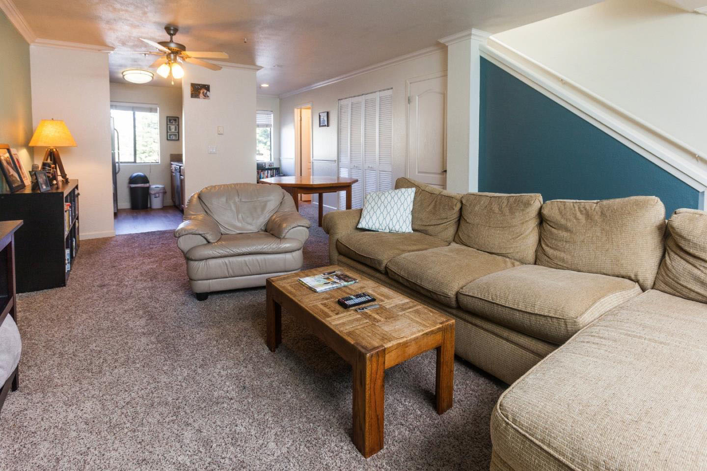 2 Bedroom Home In Westside Sunny Deck & Laundry Room
