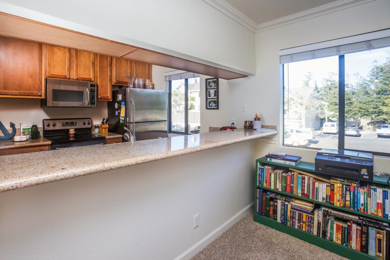 Turnkey Home In Westside 2-Car Garage & Sunny Deck Condo