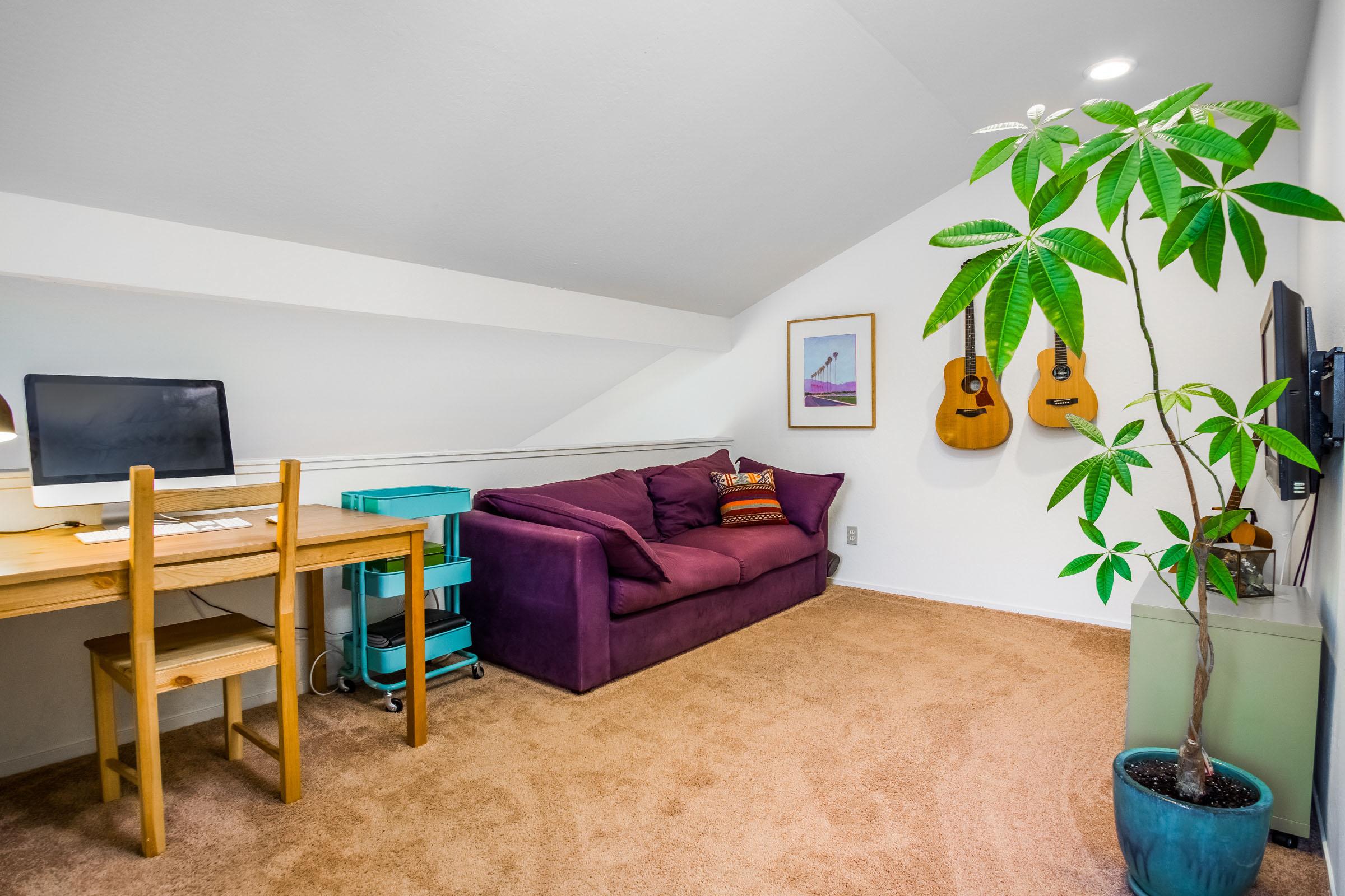 Open Floor Plan 3 Beds & Garage Home