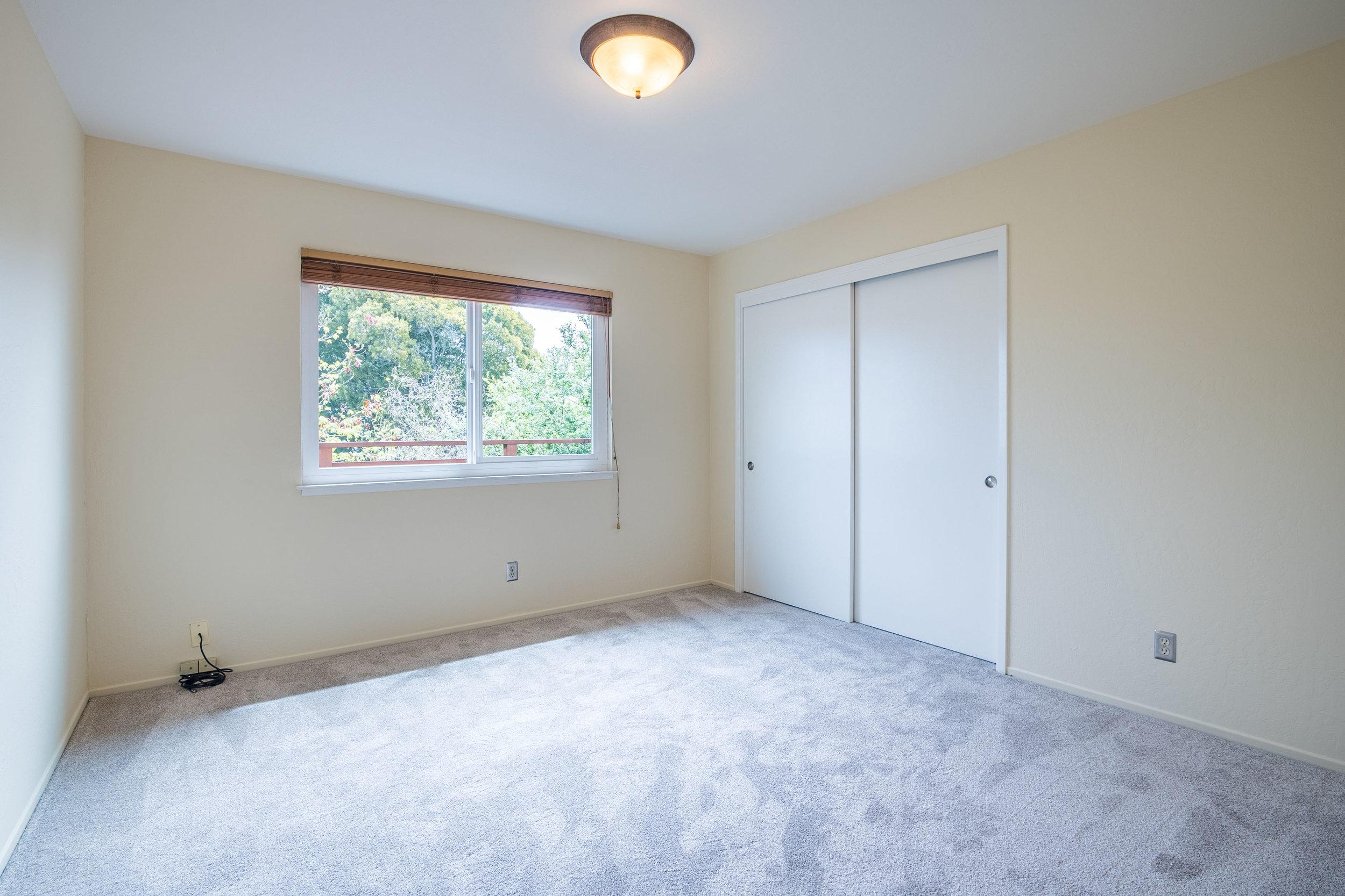 Three Bedroom Condo with Ocean Views