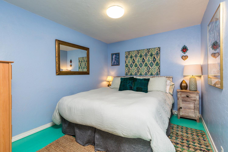 Two Bedroom 1 Bathroom Home in Santa Cruz