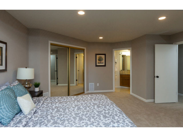Master Bedroom Aptos Townhouse