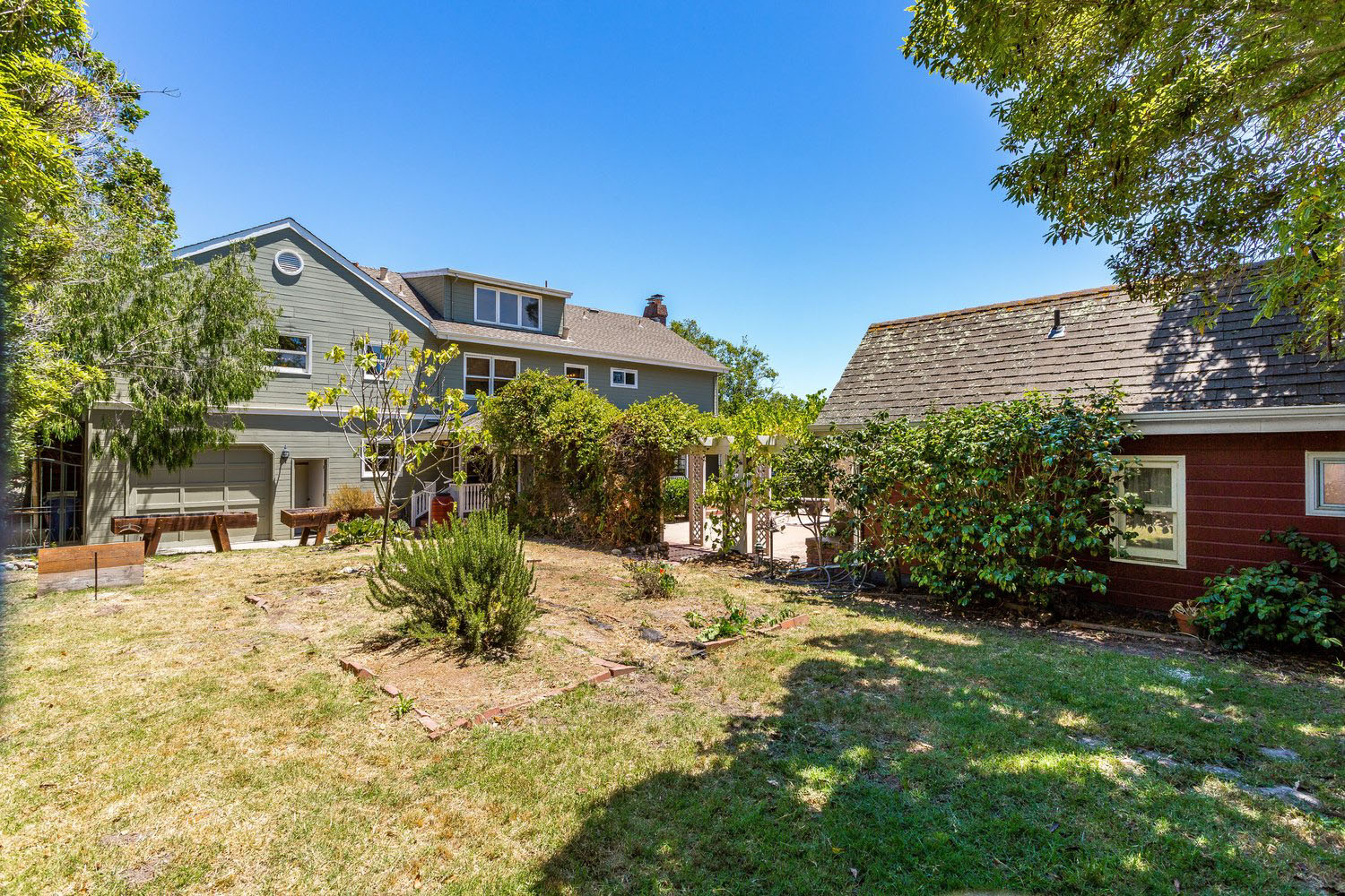 Santa Cruz Real Estate Agents 4 Bedroom & 5 Bathroom Home