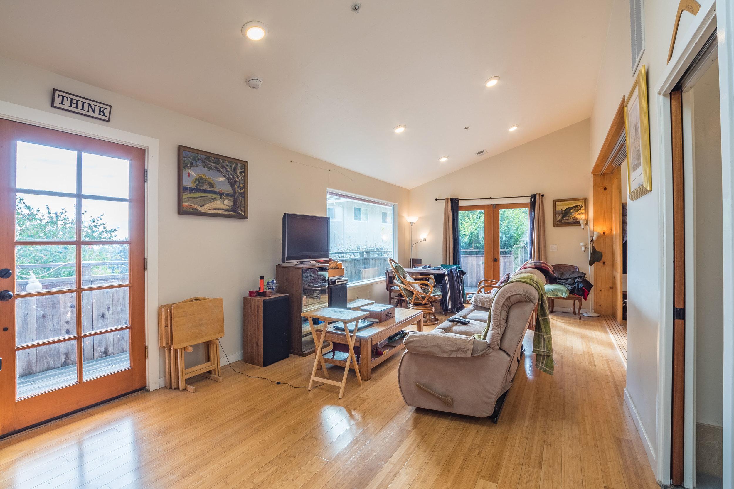 Real Estate Agents In Santa Cruz 3 Bedroom & 2 Bathroom Home + L