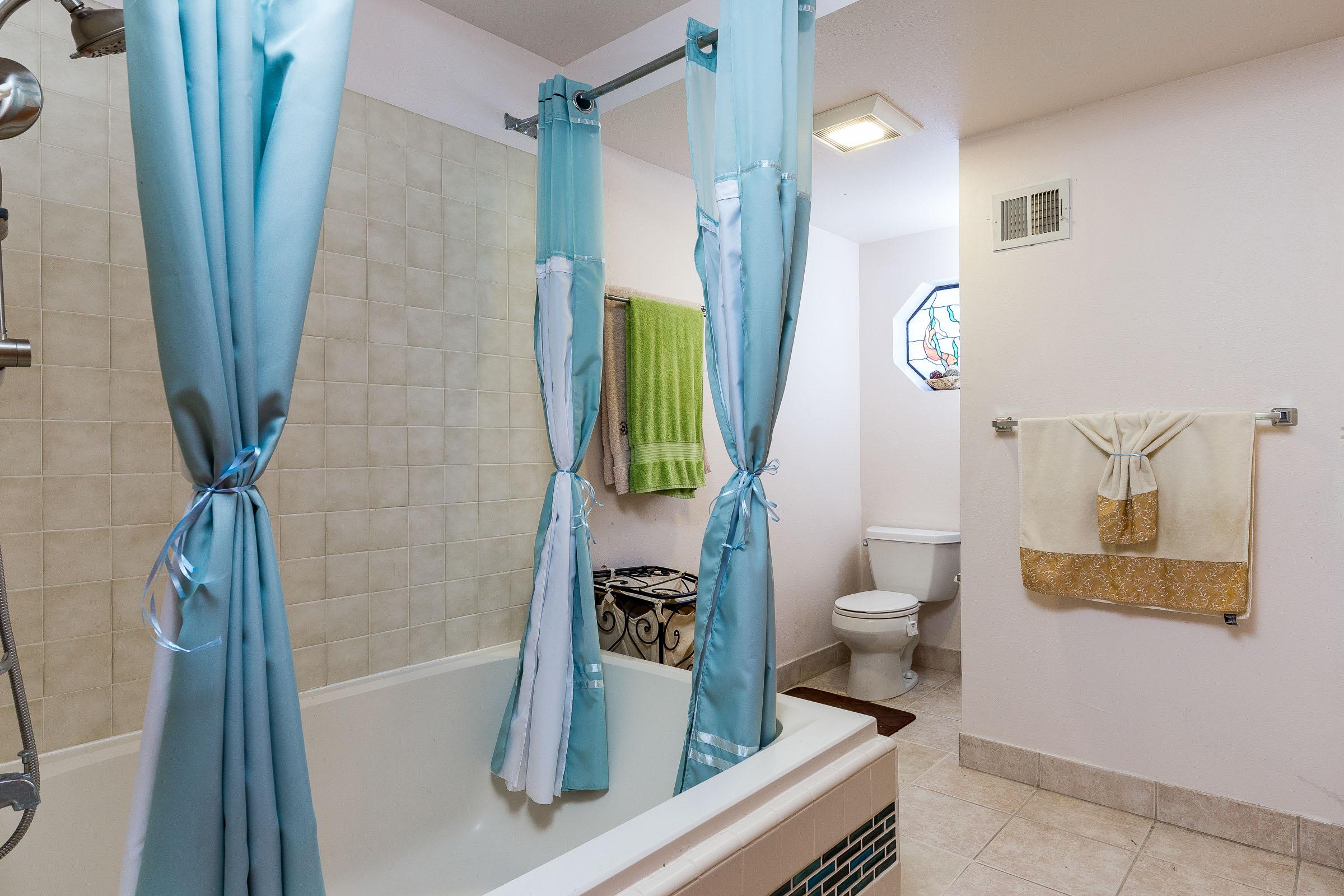 Bathroom Santa Cruz Real Estate