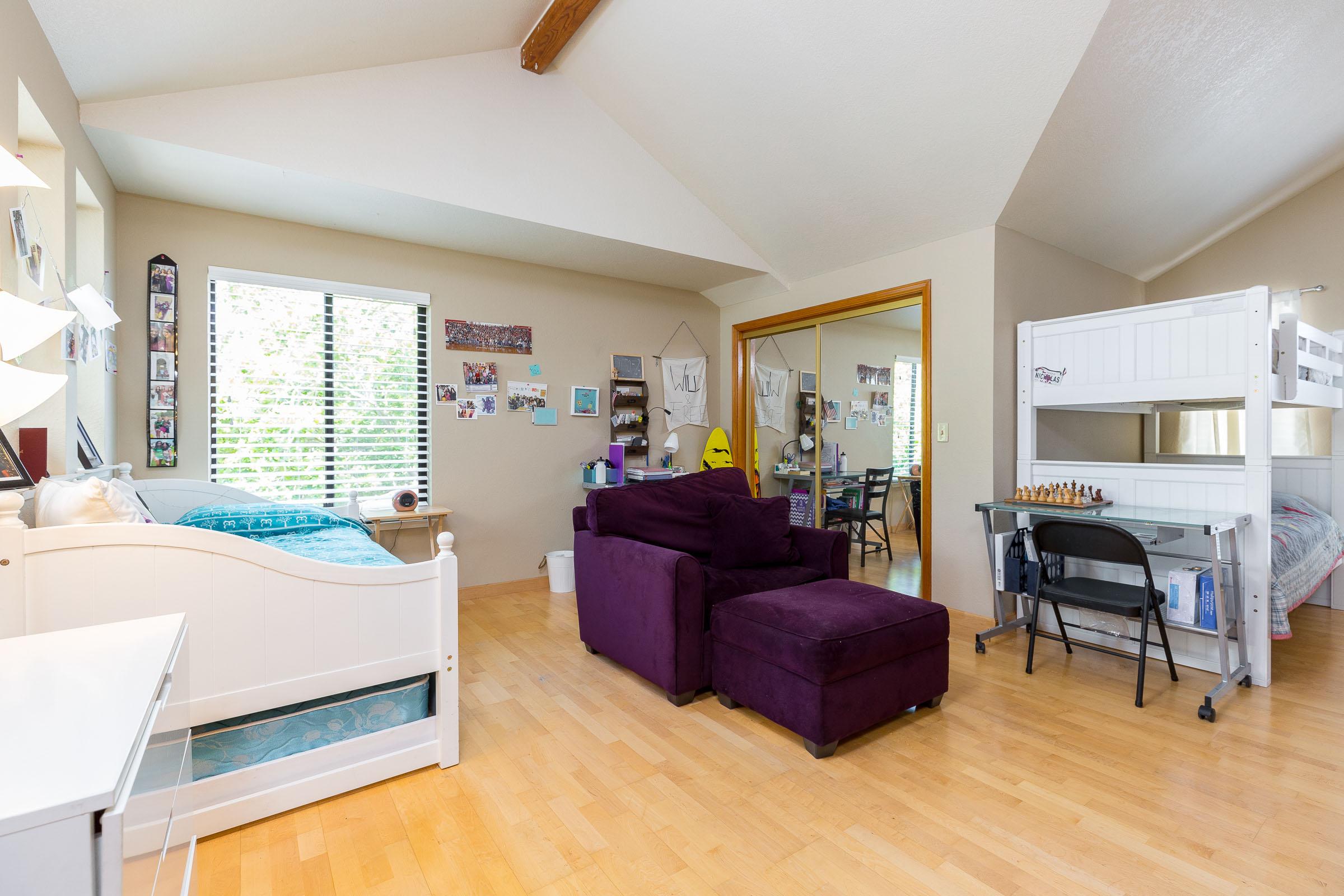 Real Estate Agents In Santa Cruz Home Detached Garage