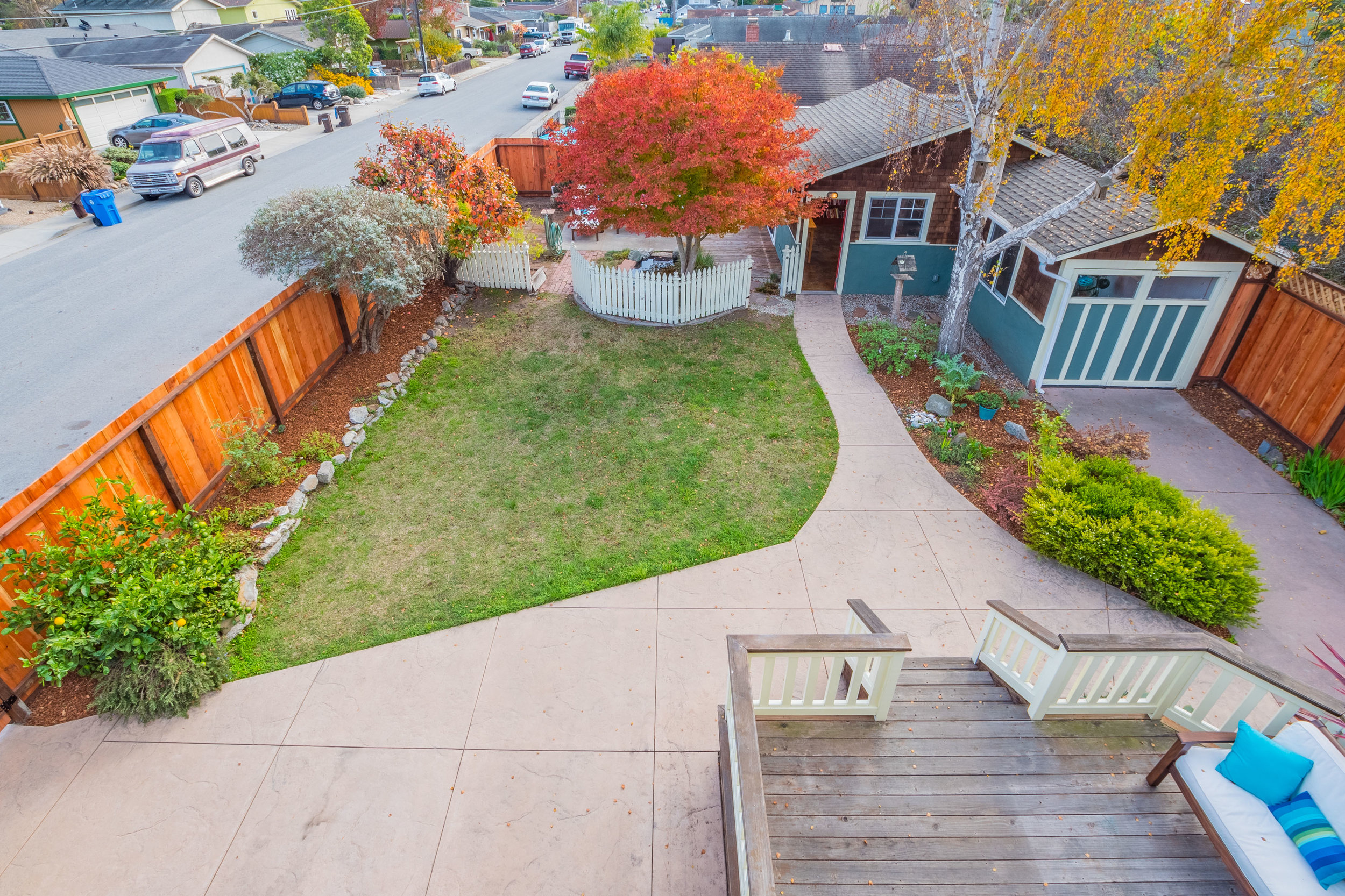 Large Landscaped Yard