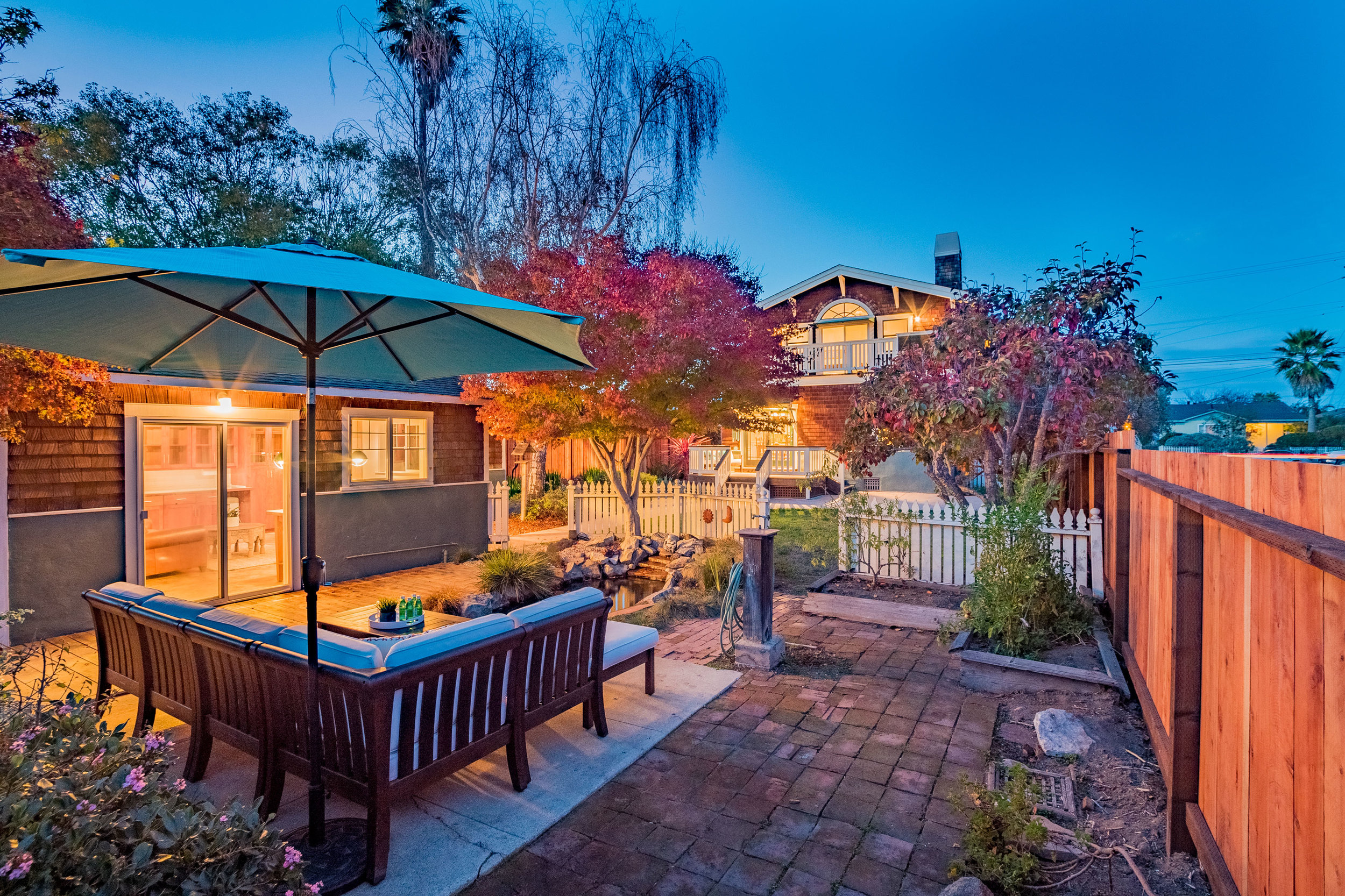 Three bedroom, two bathroom Craftsman Style Home on Santa Cruz's Lower Westside.  The perfect location close to Highway 1, West Cliff Drive, and the ocean!  Presented by Sam Bird-Robinson, Santa Cruz Realtor of Sereno Group.