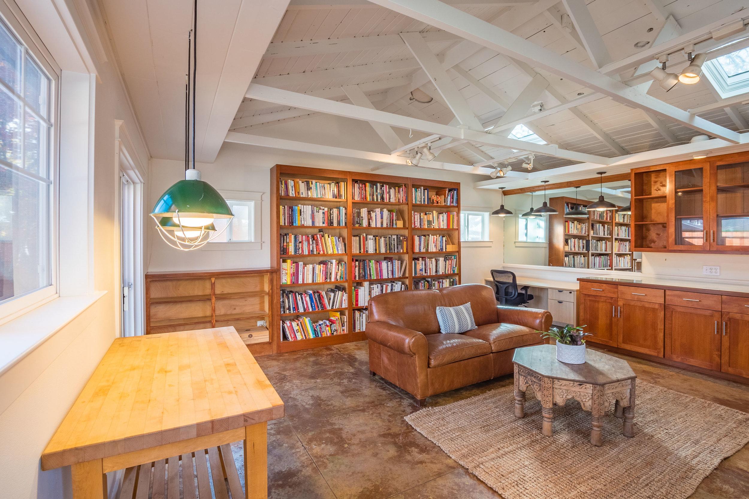 Bonus Room in Santa Cruz Home