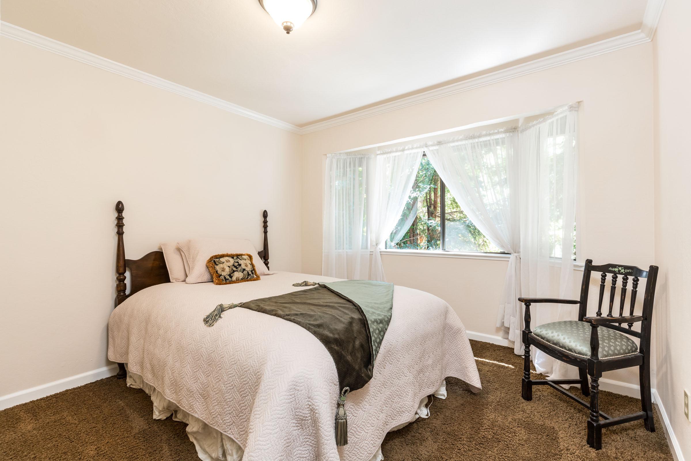 Listing Agents In Santa Cruz 4 Bedroom & Garage