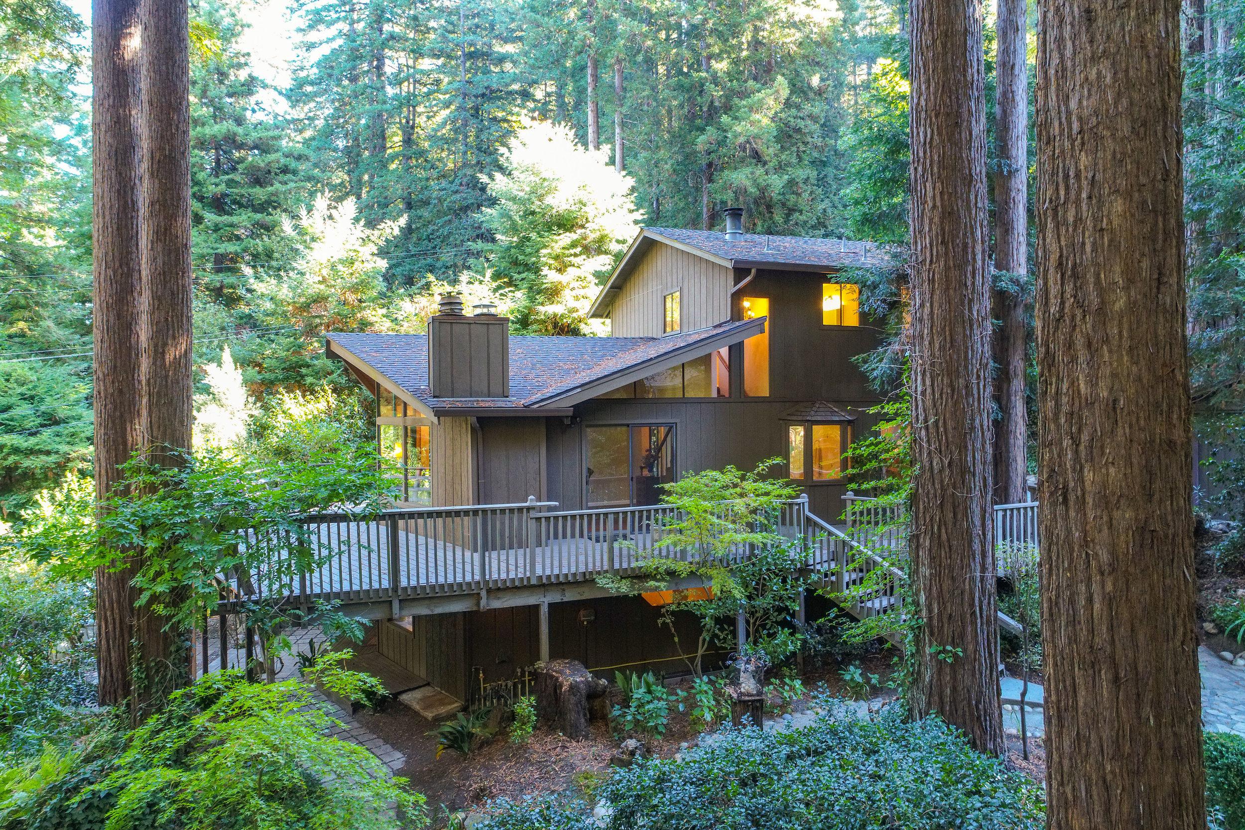Spacious 4 Bedroom Home in Bear Creek Estates