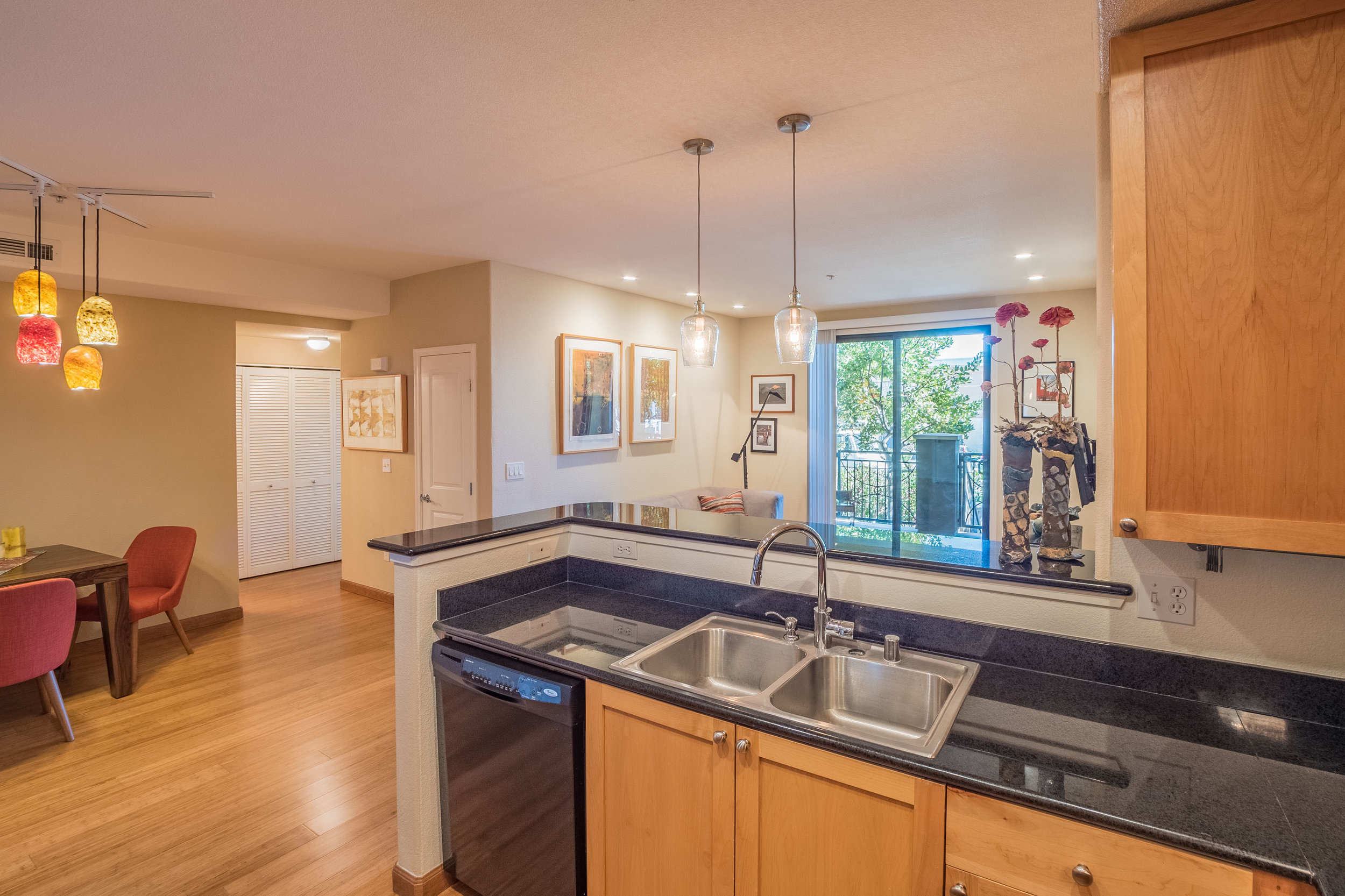 2 Bedroom Cupertino Condo with Open Floor Plan and Natural Light