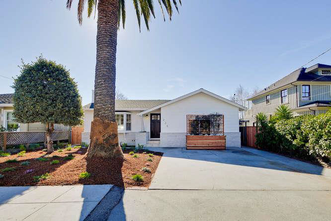 **SOLD 225 Plateau Ave, Santa Cruz • $1,490,000  3 Bedroom, 2 Bathroom • 1,892 Sq. Ft.