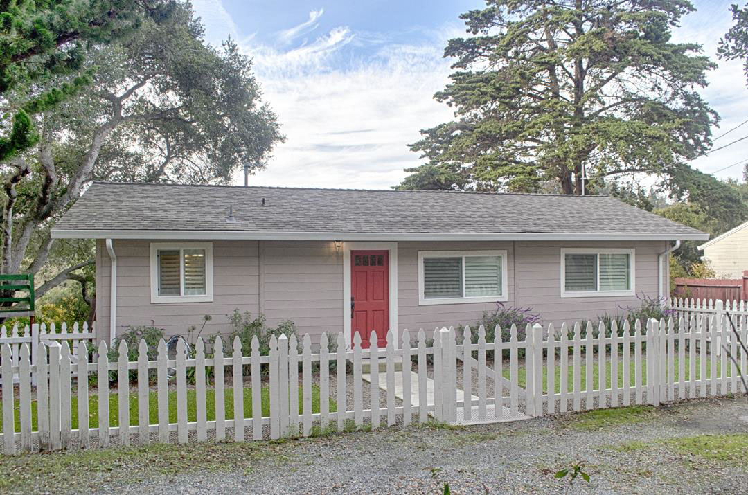 **SOLD 3075 Salisbury Dr. Santa Cruz • $690,000  2 Bedroom, 2 Bathroom • 916 Sq. Ft.