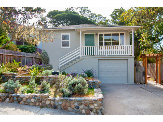 **SOLD 1217 Lawton Ave. Pacific Grove $520,000  2 Bedroom, 1 Bathroom • 1,021 Sq. Ft.