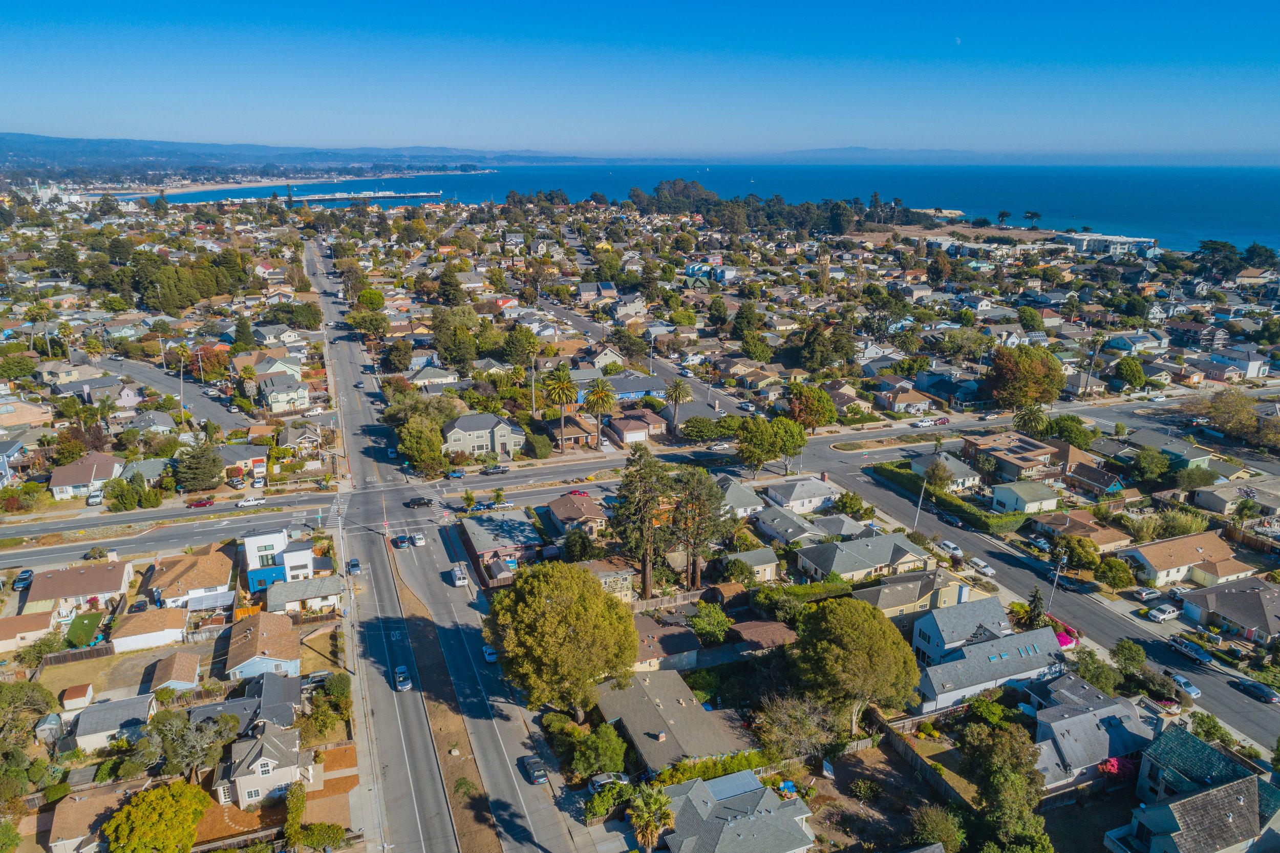 Properties by the Beach Santa Cruz