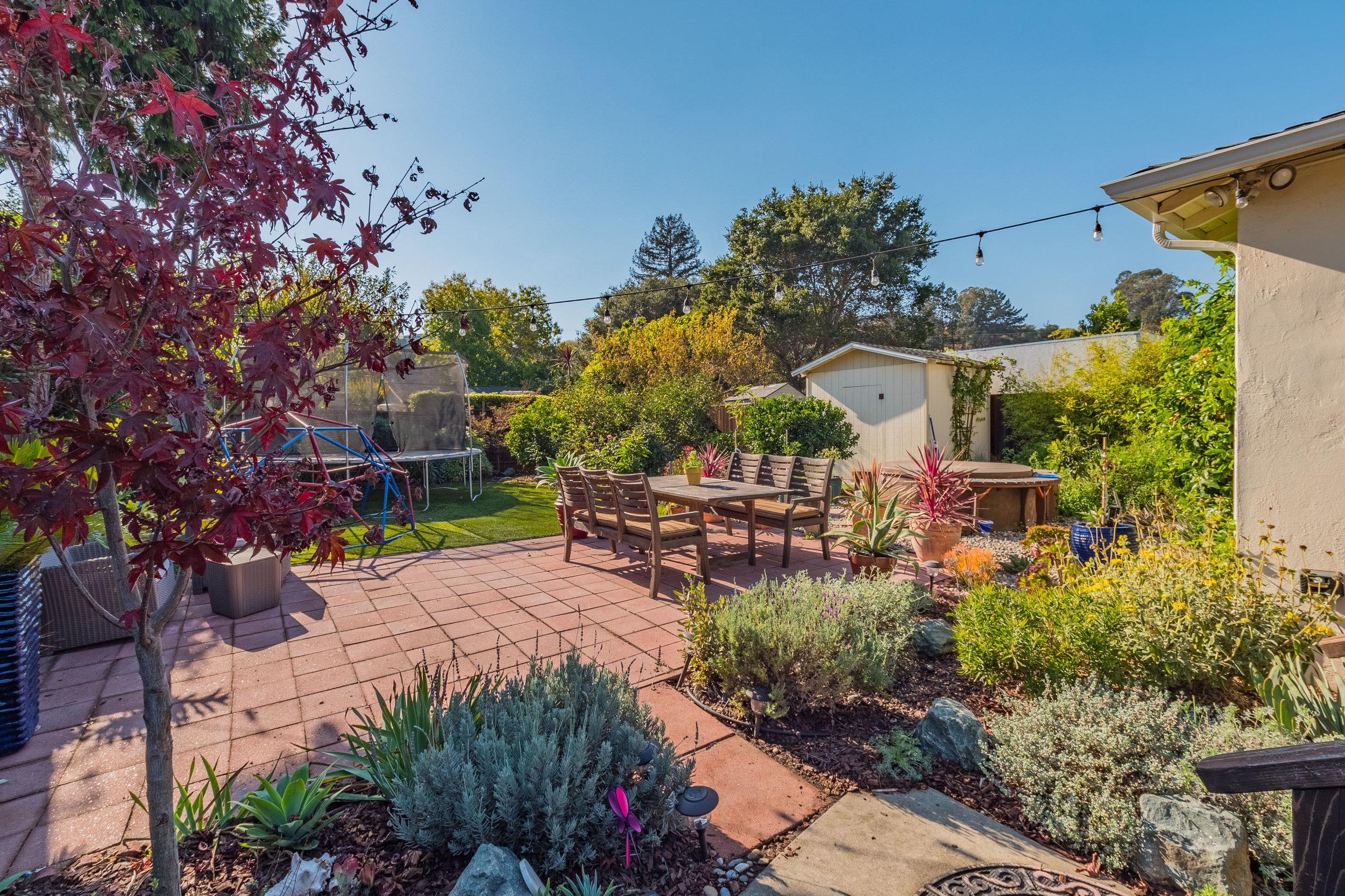 Landscaped Yard in Santa Cruz County