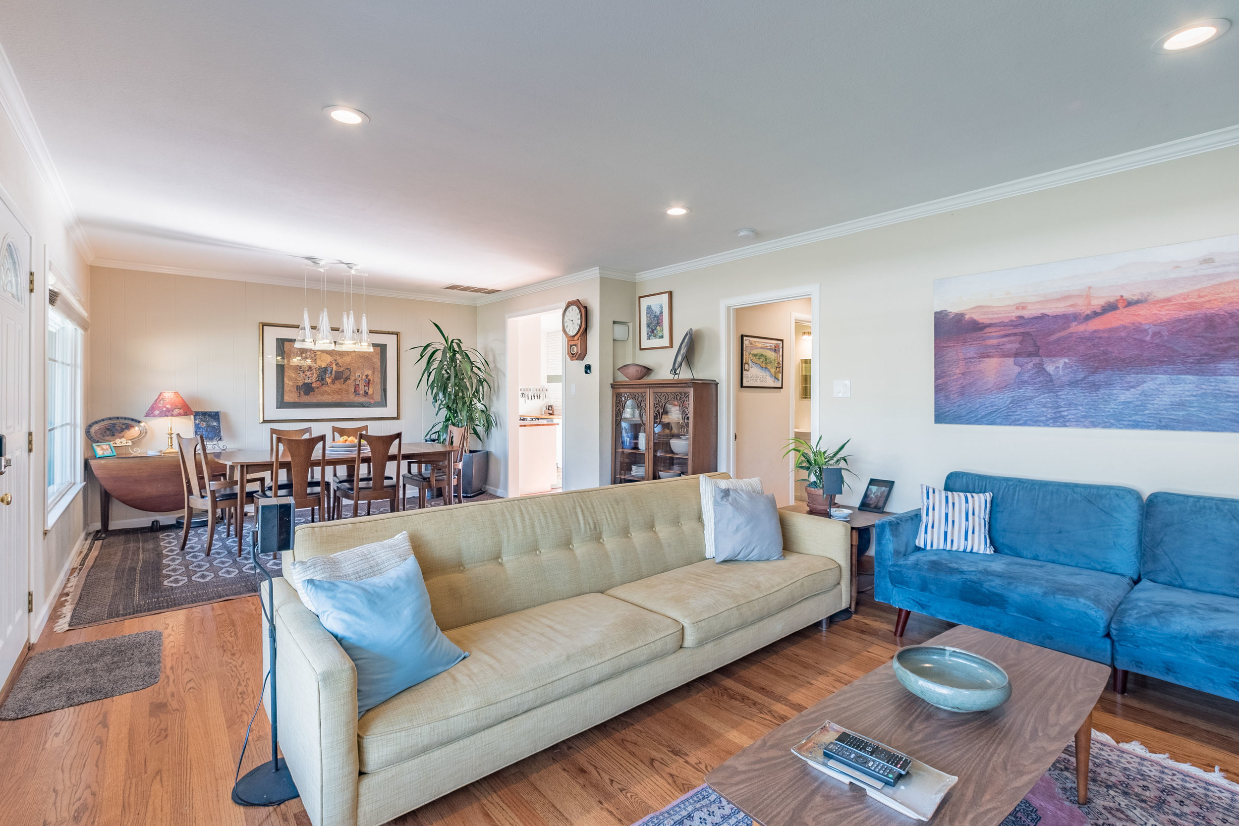 Open Floor Plan in Turnkey Santa Cruz House