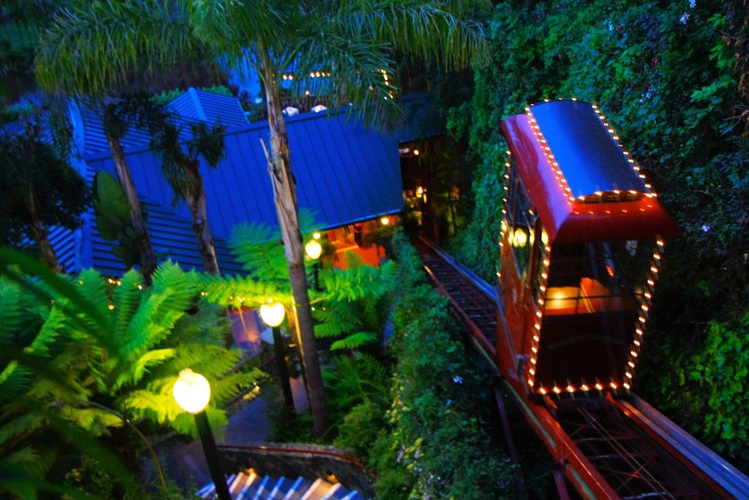 shadowbrook RESTAURANT - A restaurant that's widely considered one of the best places to eat in all of Santa Cruz County, Shadowbrook is as much of an experience as it is a place to enjoy great food and top notch service. A gondola transports guests to the restaurant itself, as it's set below the street level. Once inside, you'll enjoy views of Soquel Creek from a serene, wooded interior that brings a cabin-like feel to the fine dining experience. Click here for more information about places to eat in Capitola.