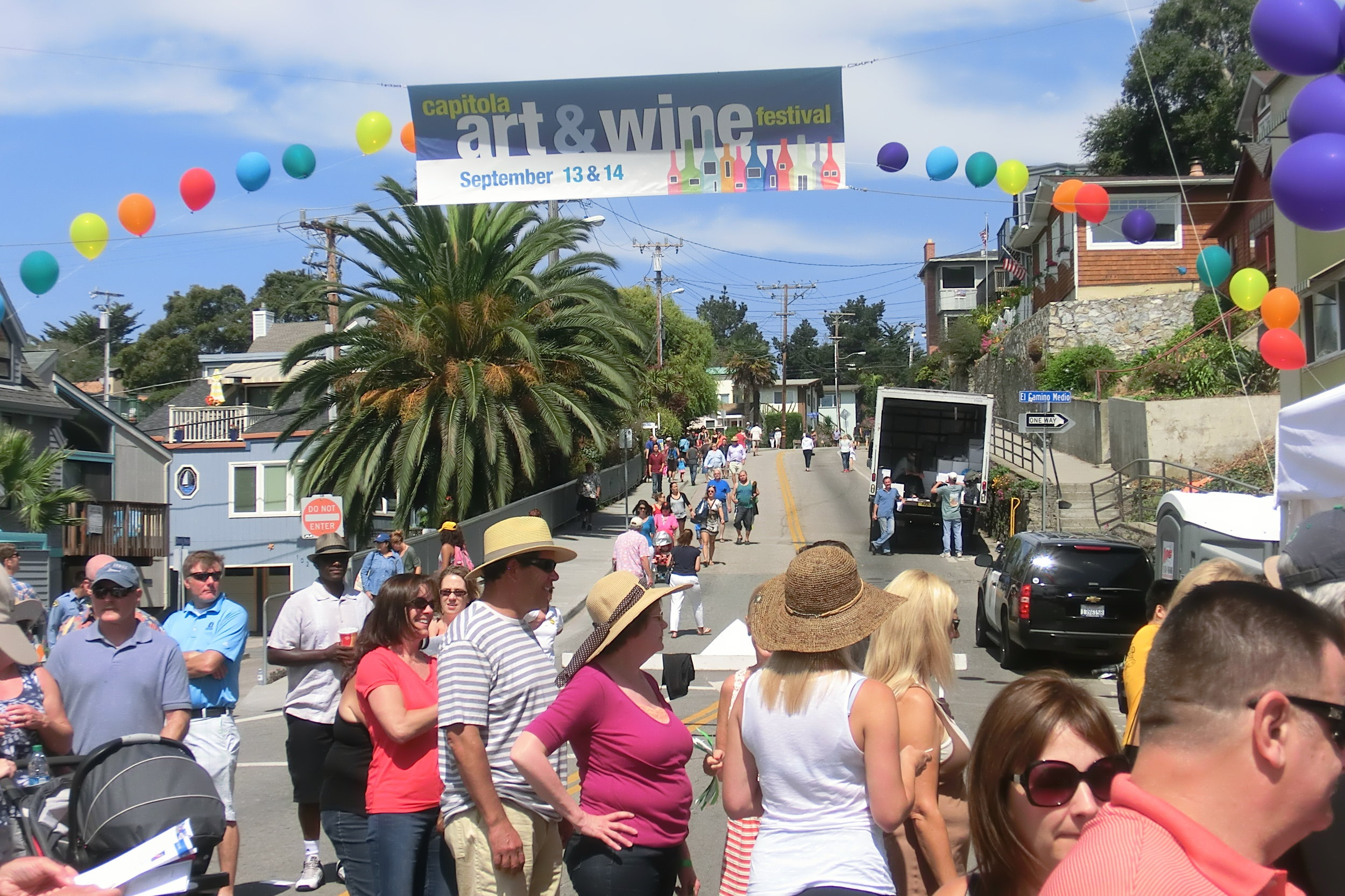 art & wine festival - The Capitola Art and Wine Festival is one of the signature annual events in Capitola, of which there are many. The Art and Wine Festival has been a regular event in Capitola Village for more than 35 years, featuring art, wine, food and music, all in the cozy confines of Capitola Village.