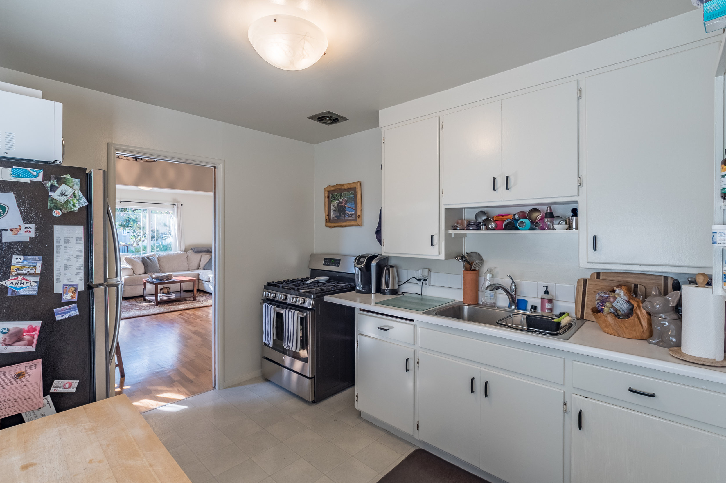 Duplex with In-Unit Laundry for Sale.jpg