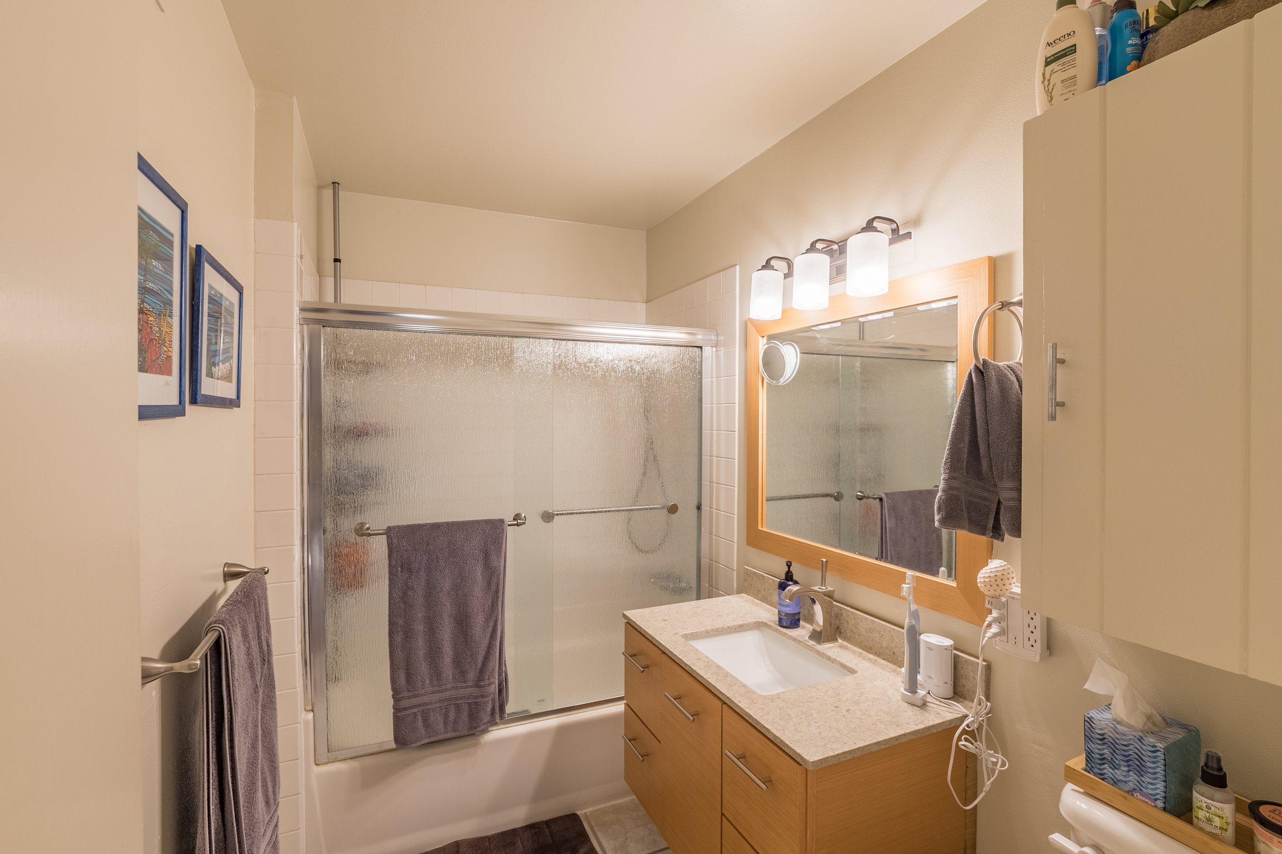 Bathroom in Capitola Duplex for Sale.jpg