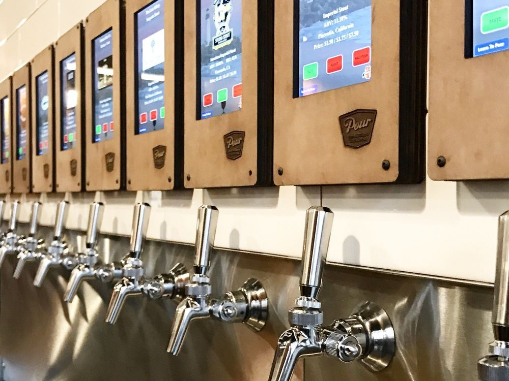 Pour+Taproom.jpg