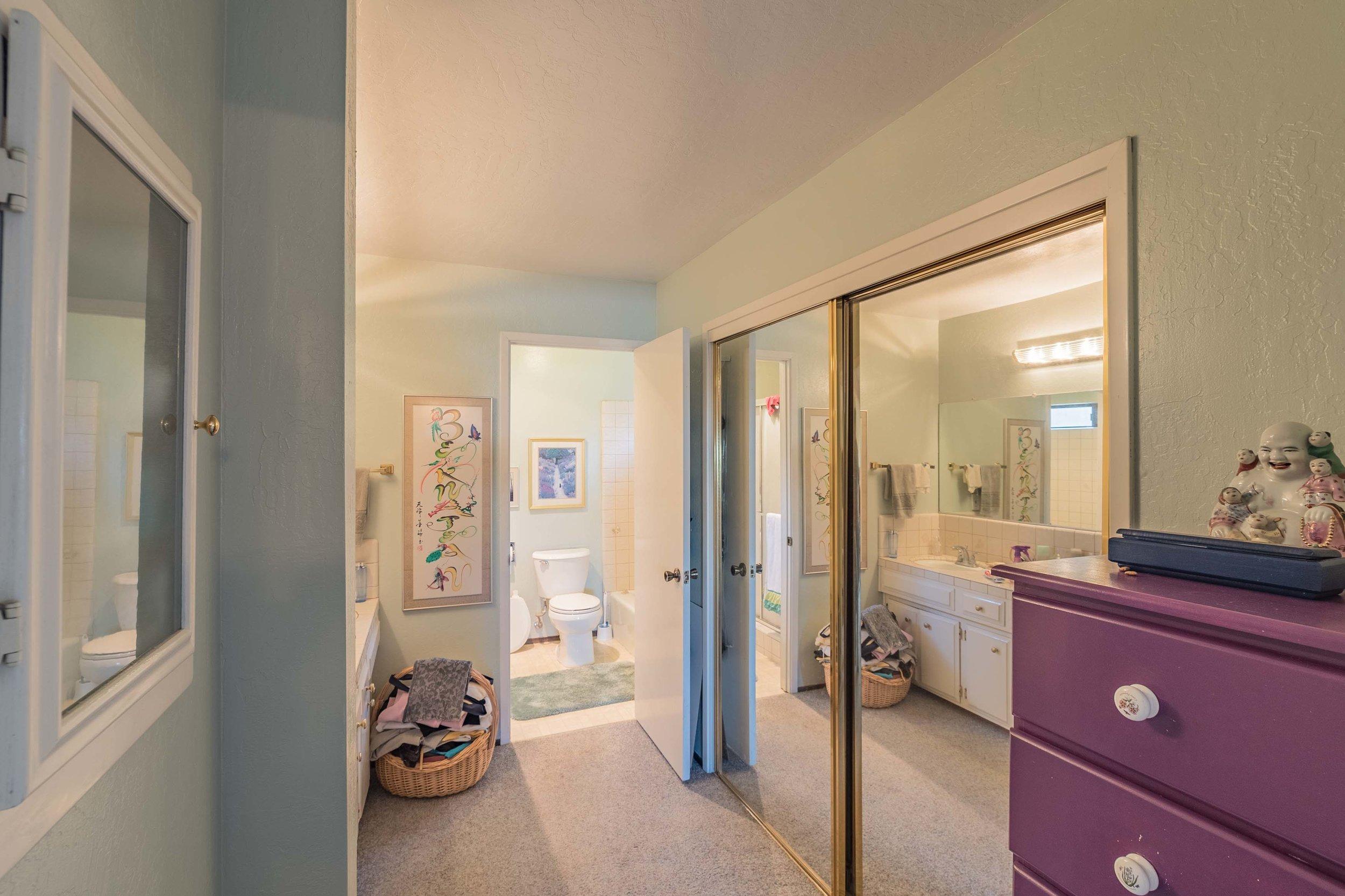 Bathroom Santa Cruz Realtor