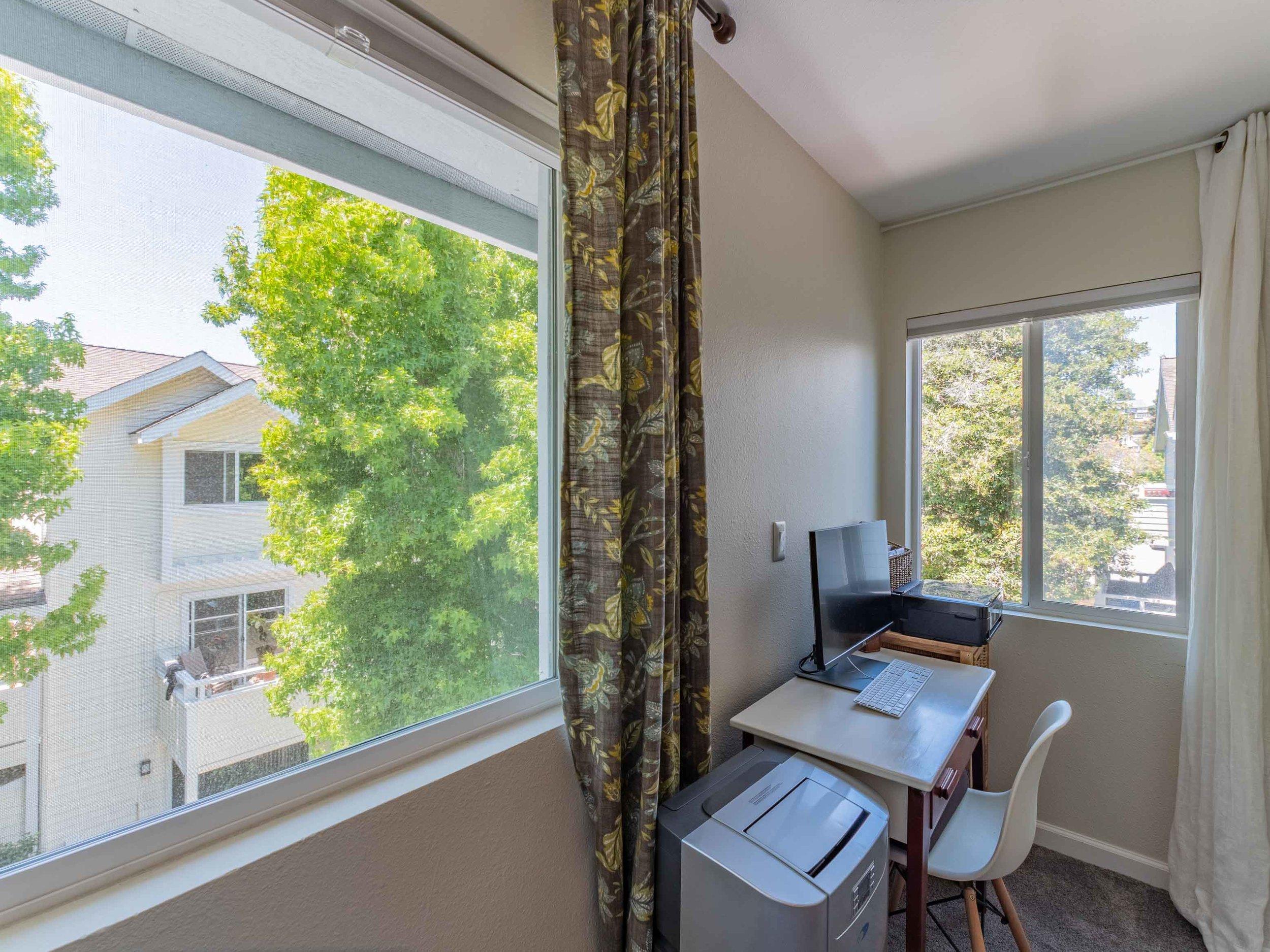 Office space in bedroom.jpg