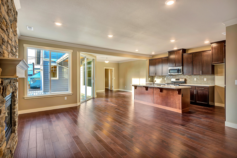 rjgroup-peabody-2403-livingroom-to-kitchen.jpg
